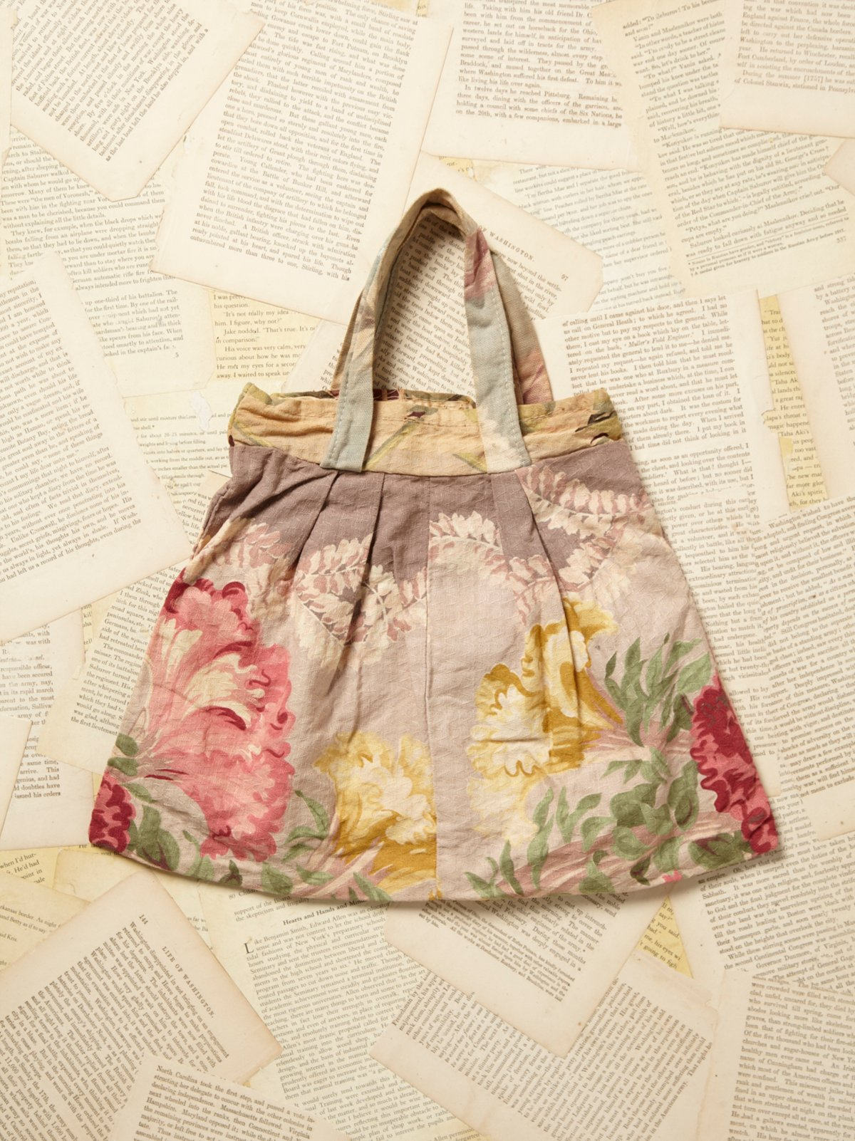 Vintage Floral Print Bag