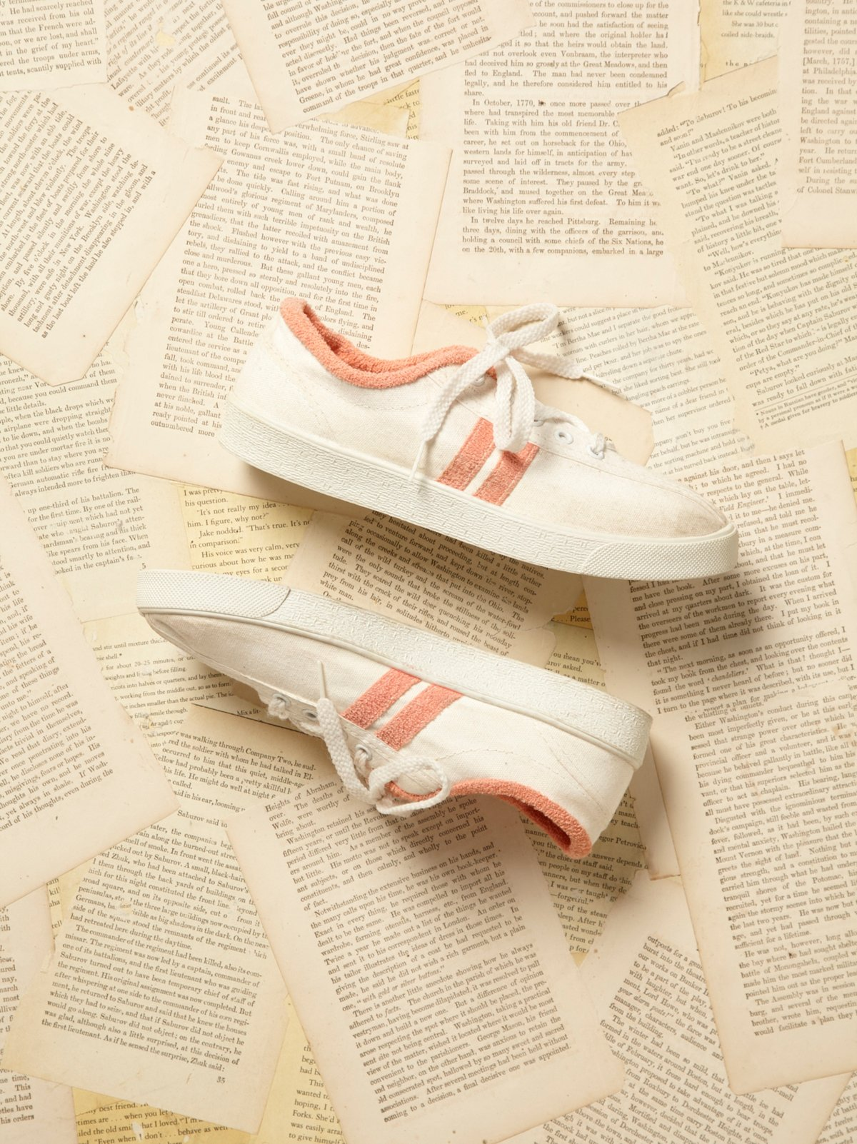 Vintage White Lace Up Sneakers