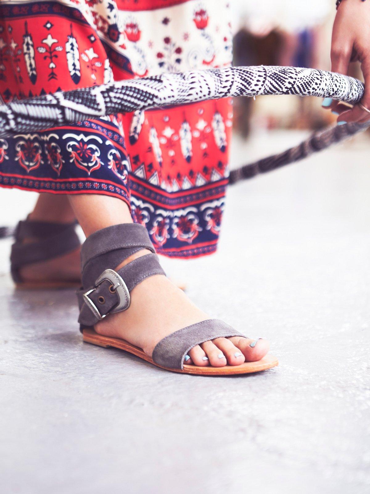 Antigua Sandal