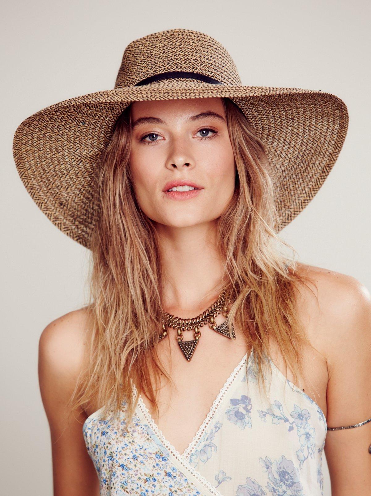 Wide Brim Marled Straw Hat