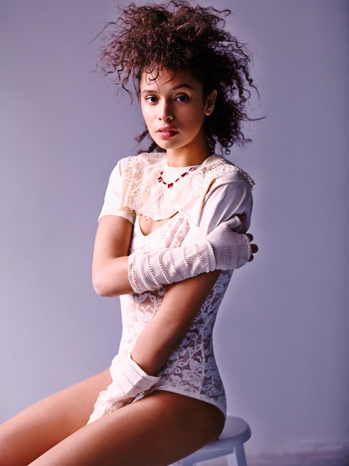 Vintage Cream Crochet Collar