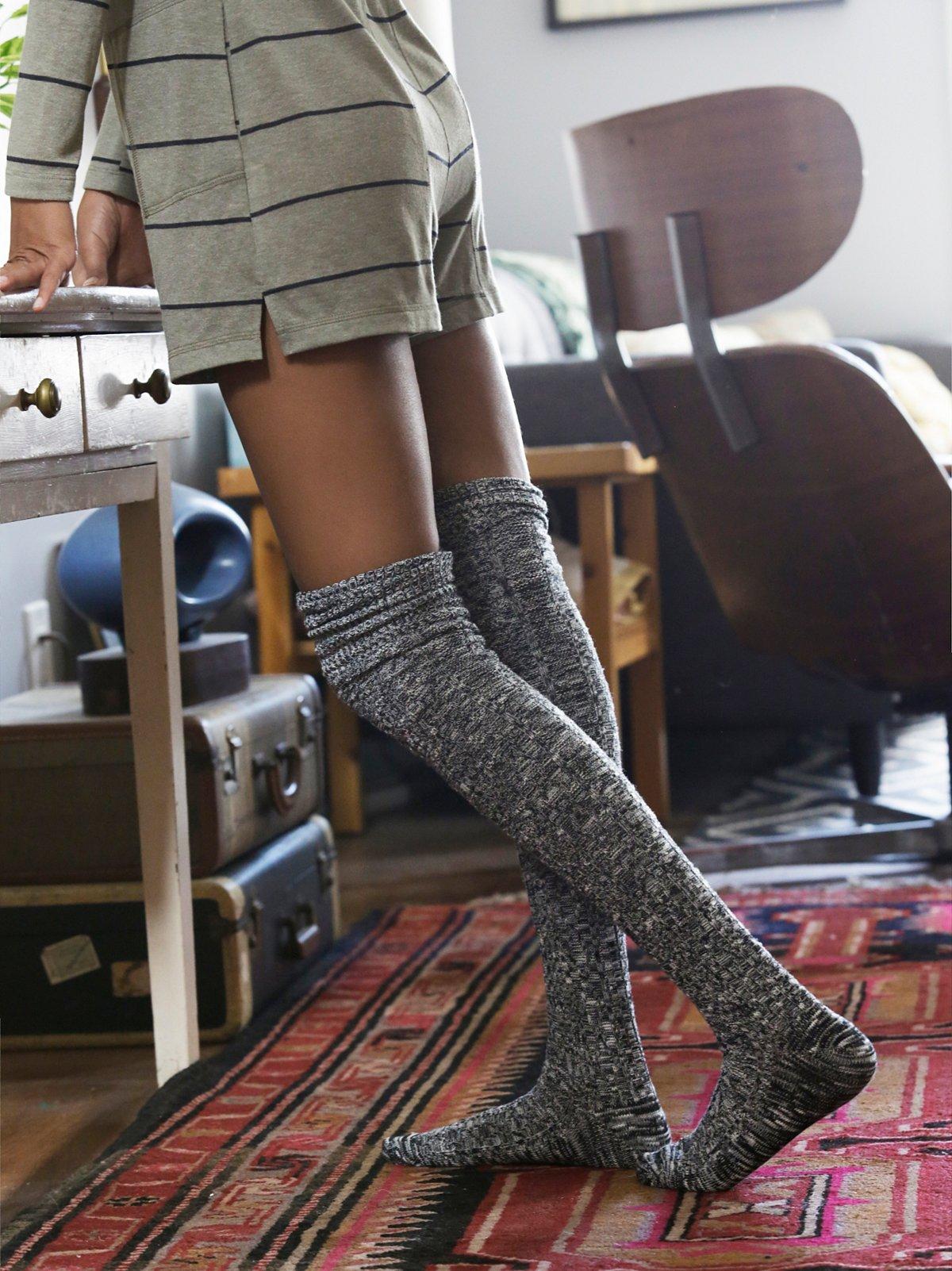 Pioneer过膝长袜