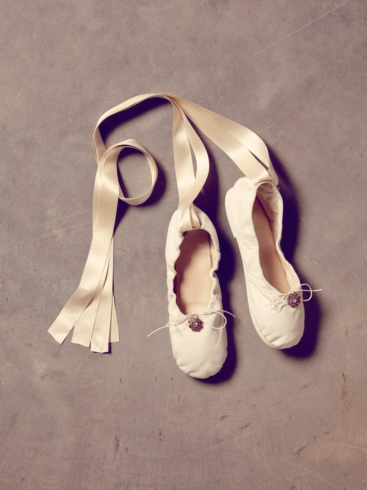VIntage 1960s White Leather Ballet Slippers