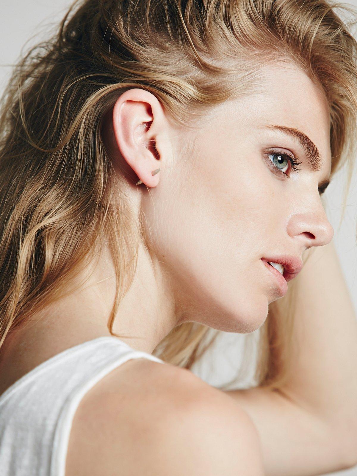 Bullet Stud Earring
