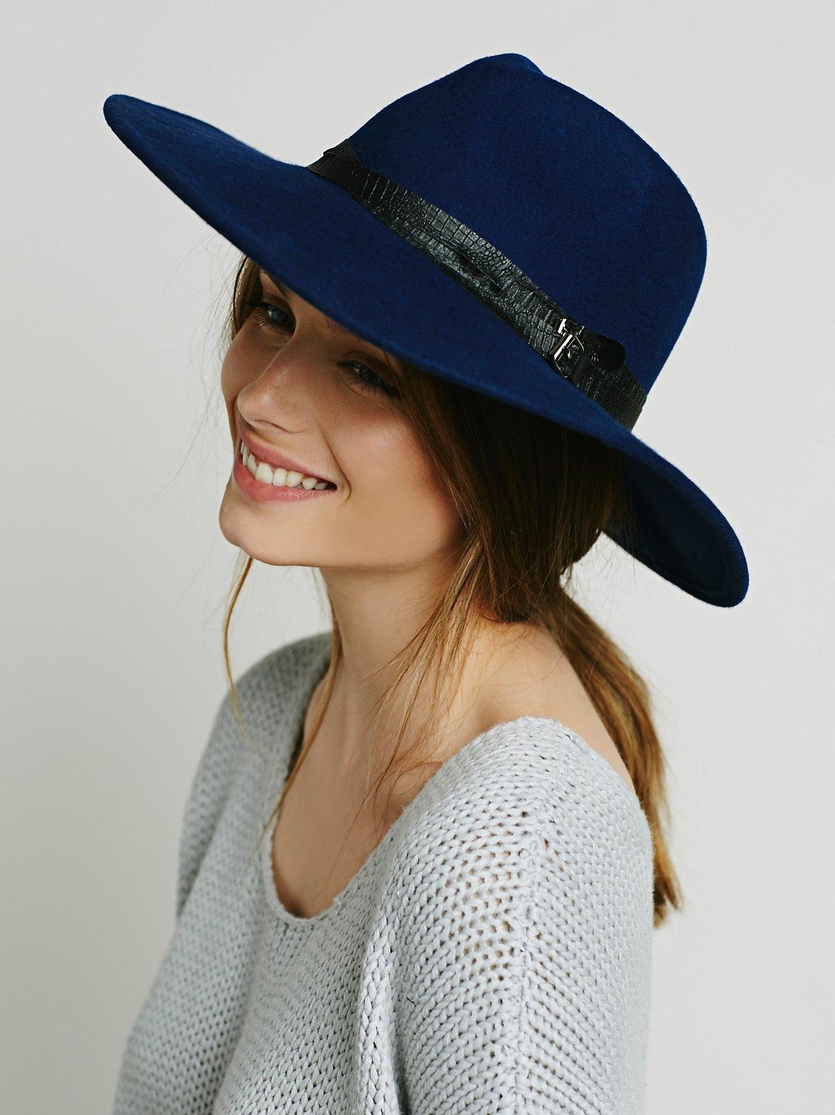 带装饰斗牛士帽