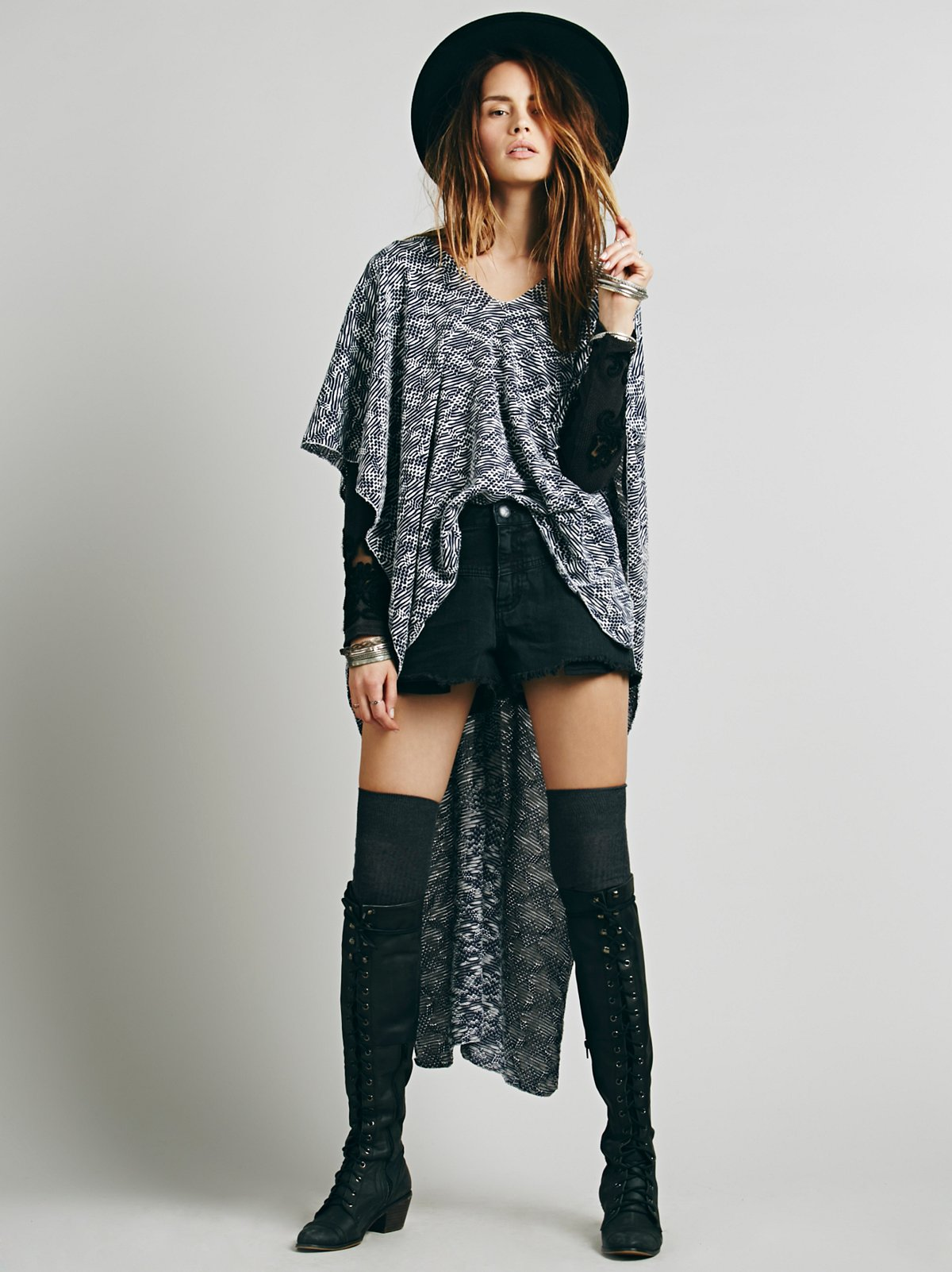 Drifter Pullover Poncho
