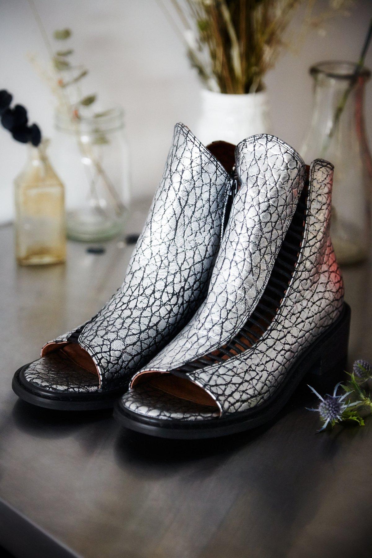 Minadream靴子
