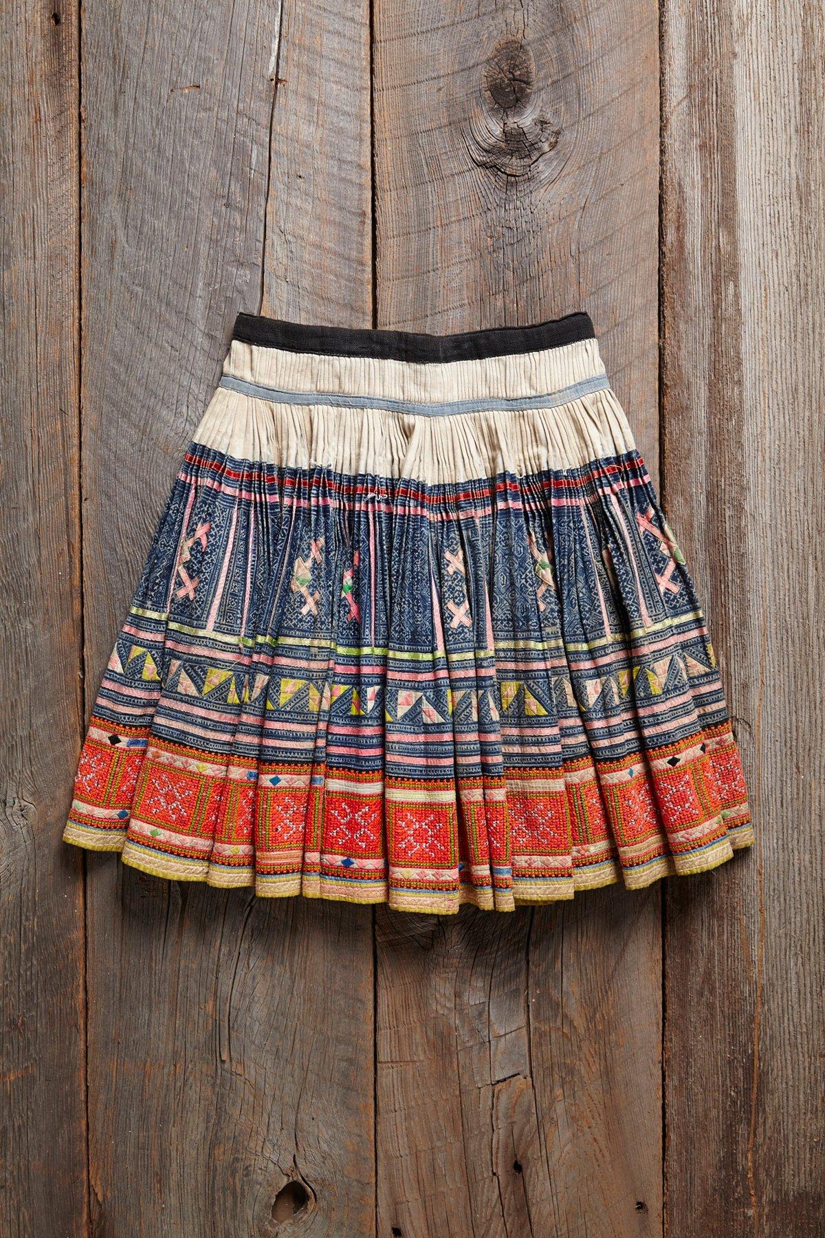 Vintage Embroidered Skirt