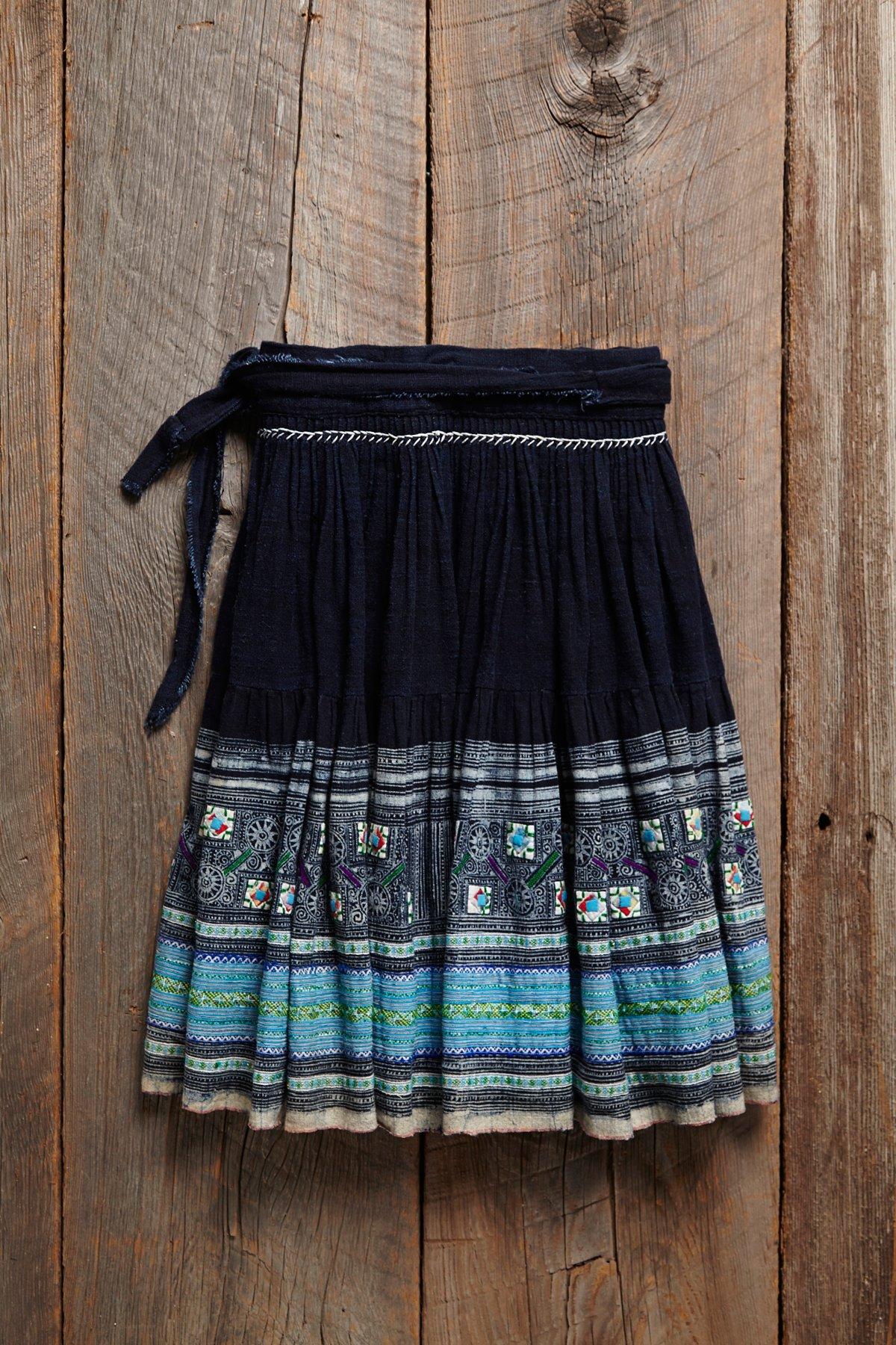 Vintage Turquoise Embroidered Skirt