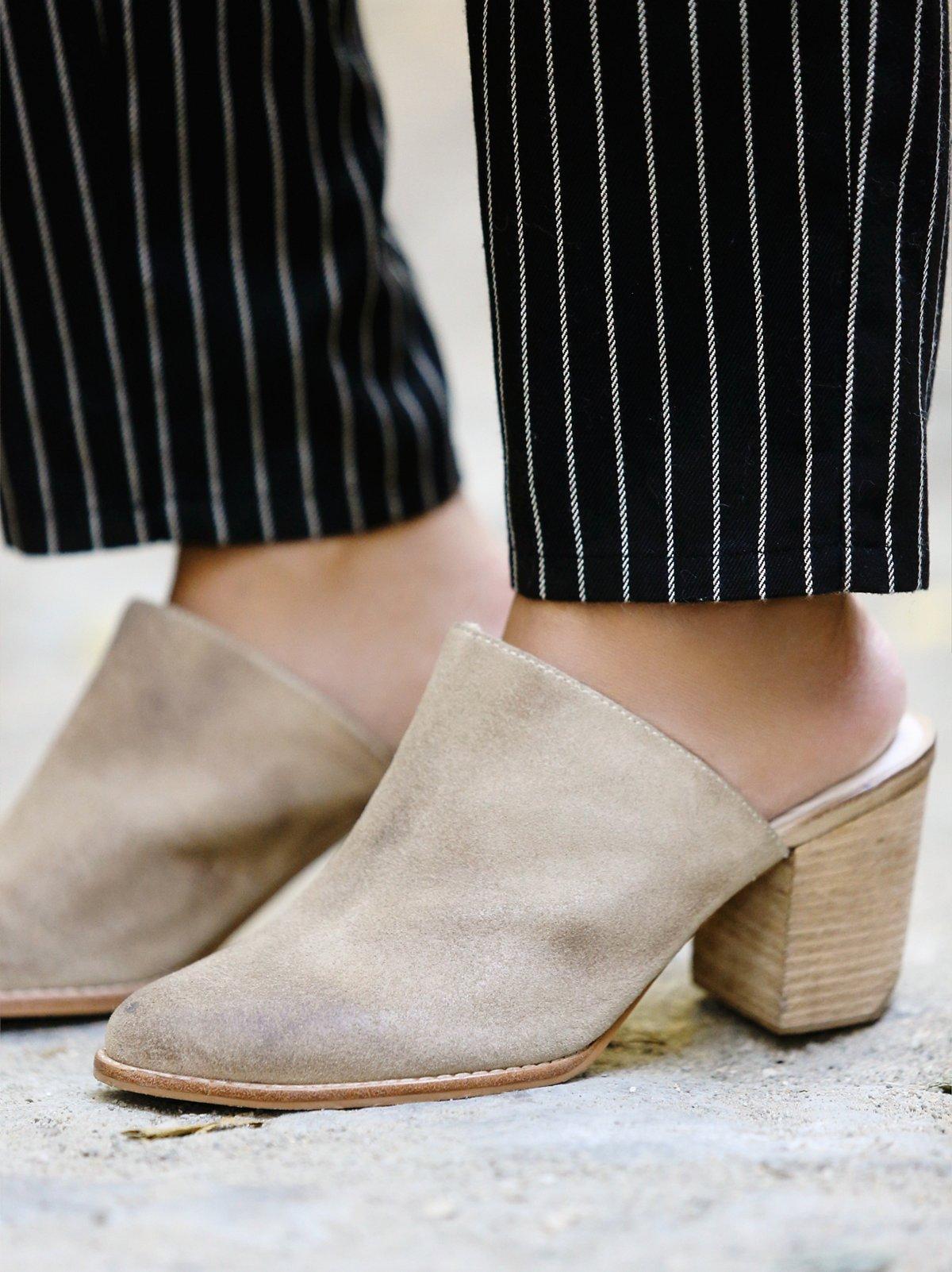 Easton穆勒鞋