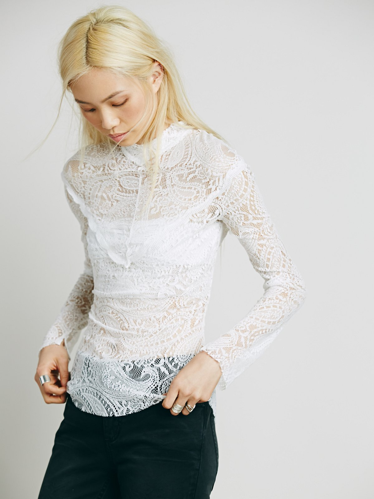 Victorian Lace Turtlneck