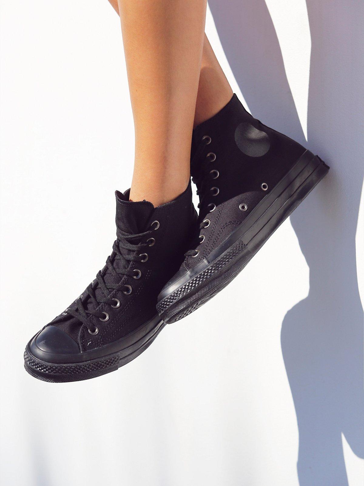 黑白色高帮鞋