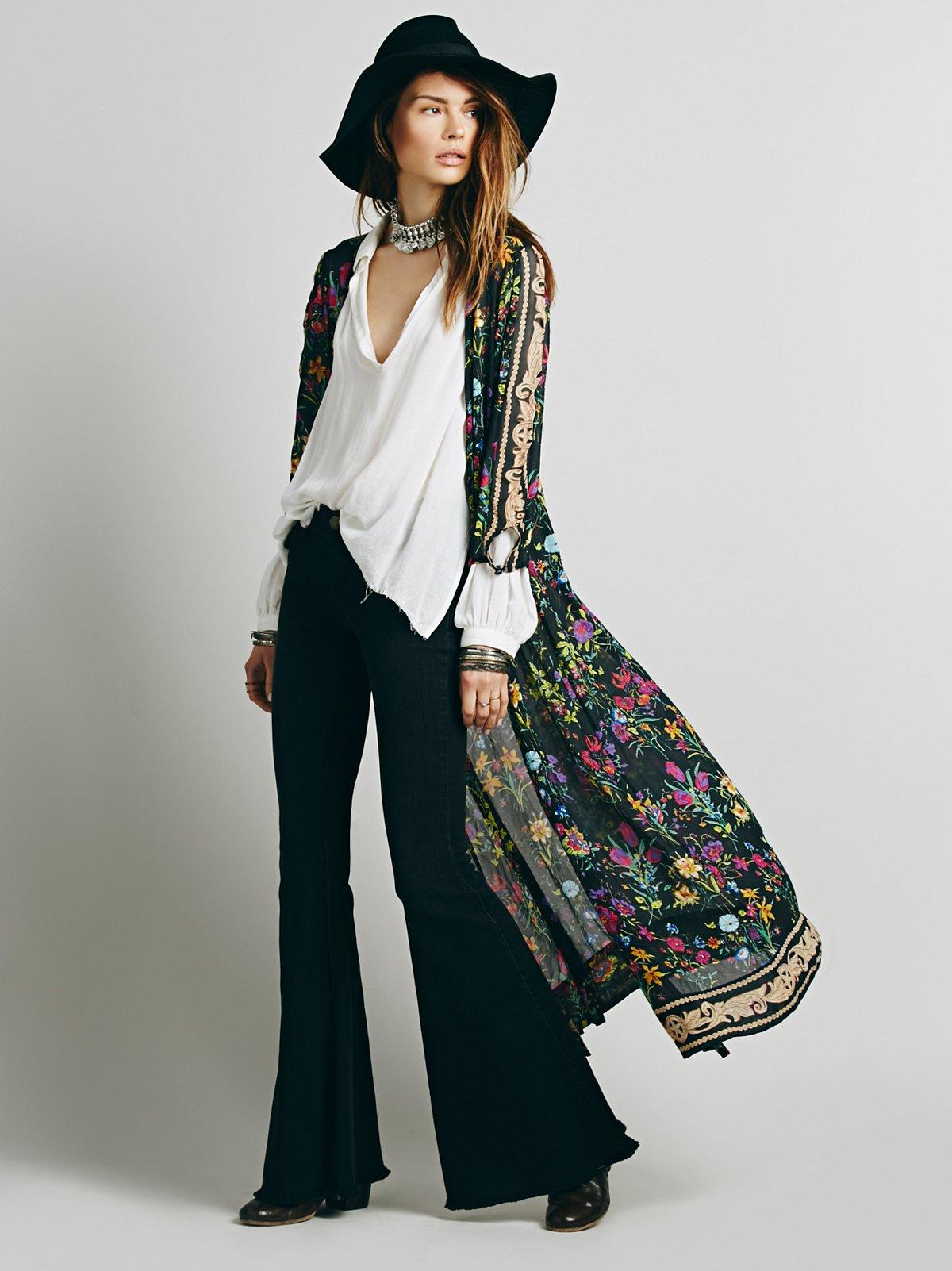 野花图案和服