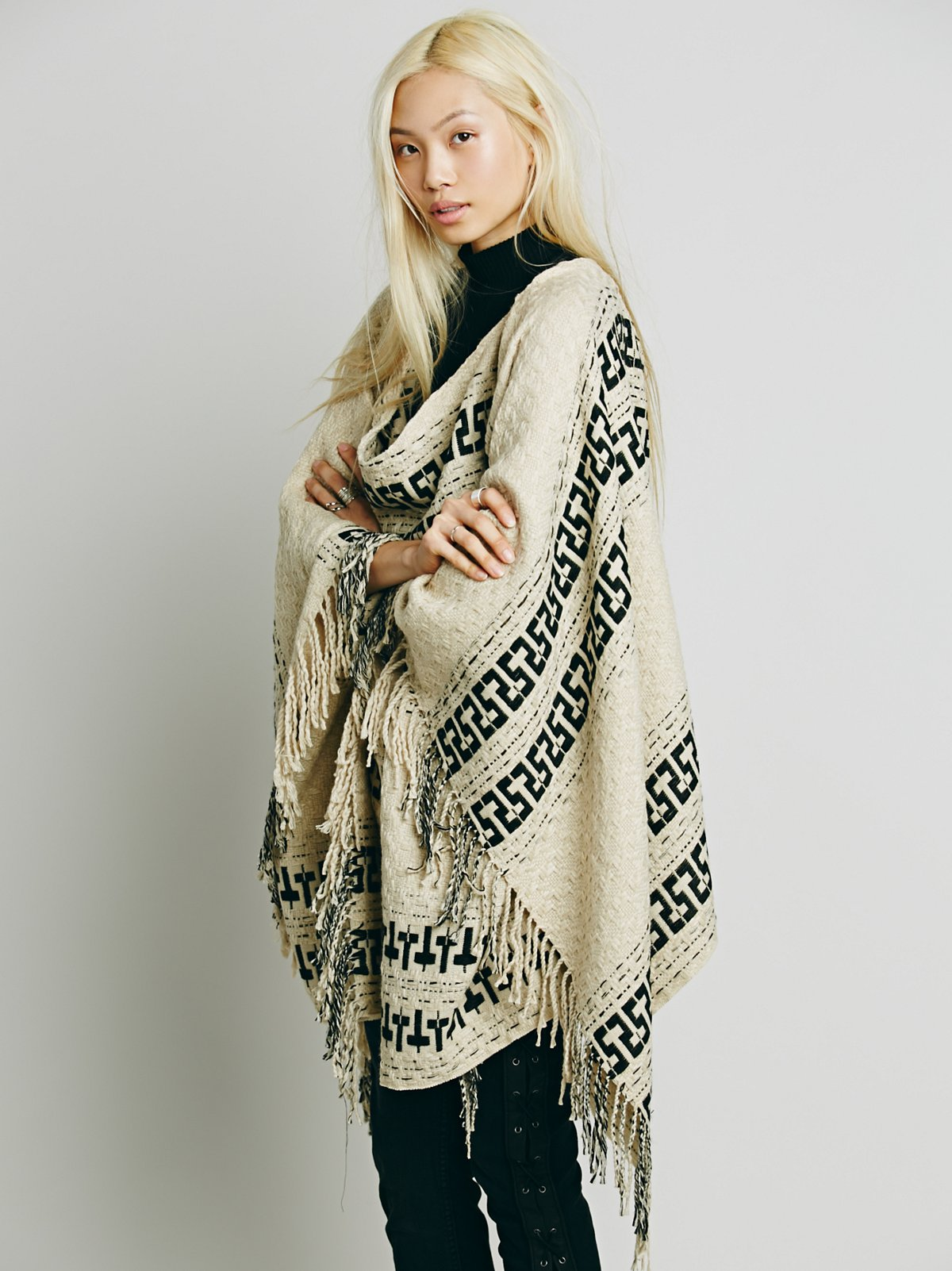 Kennedy Pullover Poncho
