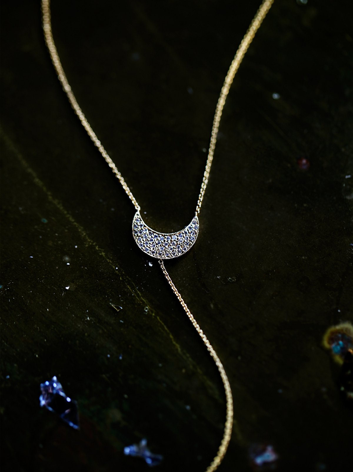 Diamond Crescent Lariat