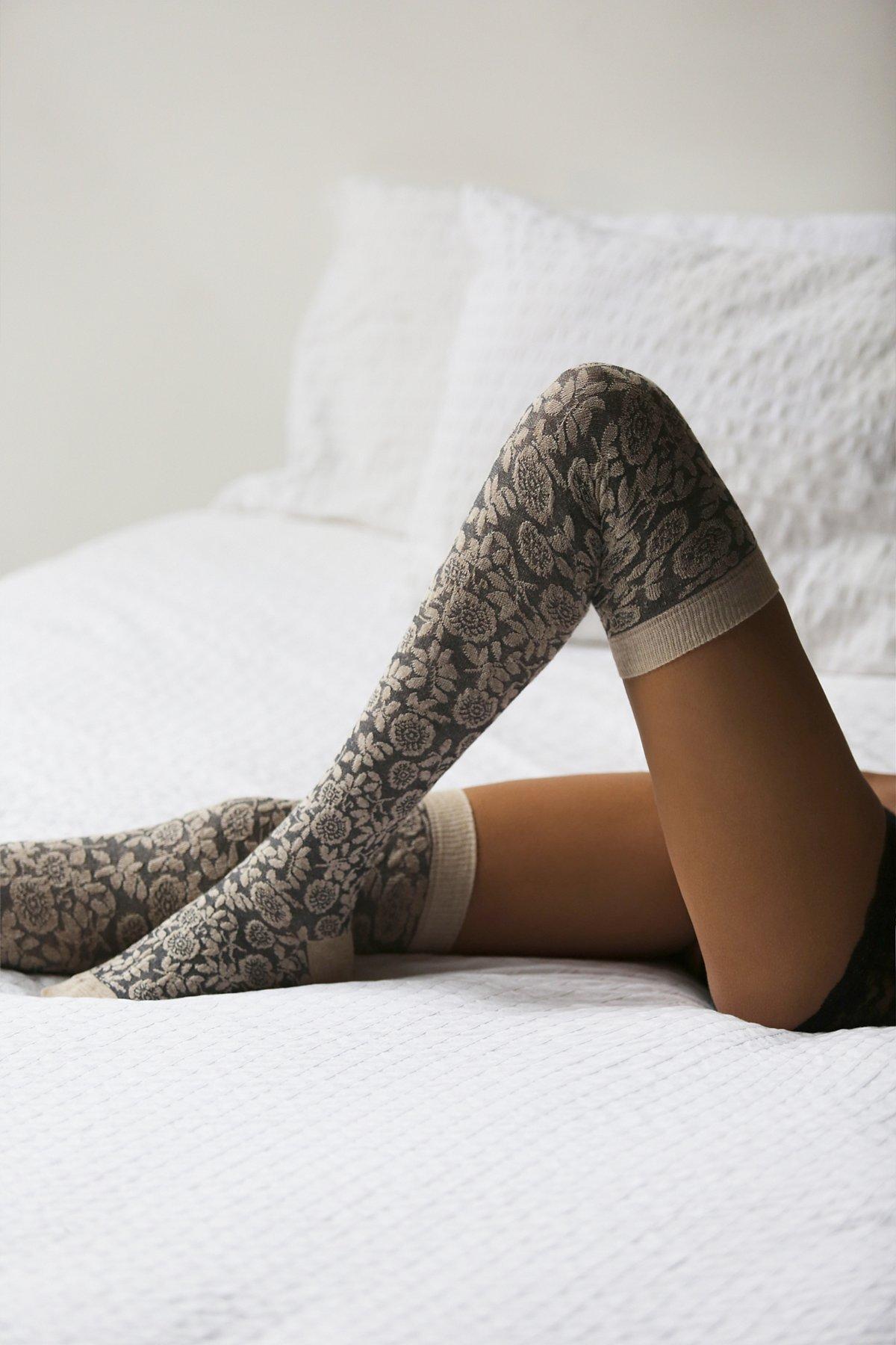 都铎高筒袜