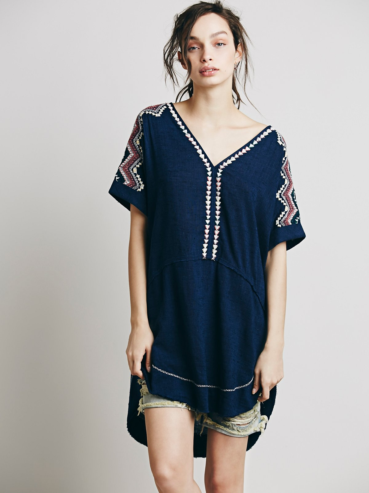 Embroidered Short Sleeve Pocket Tunic