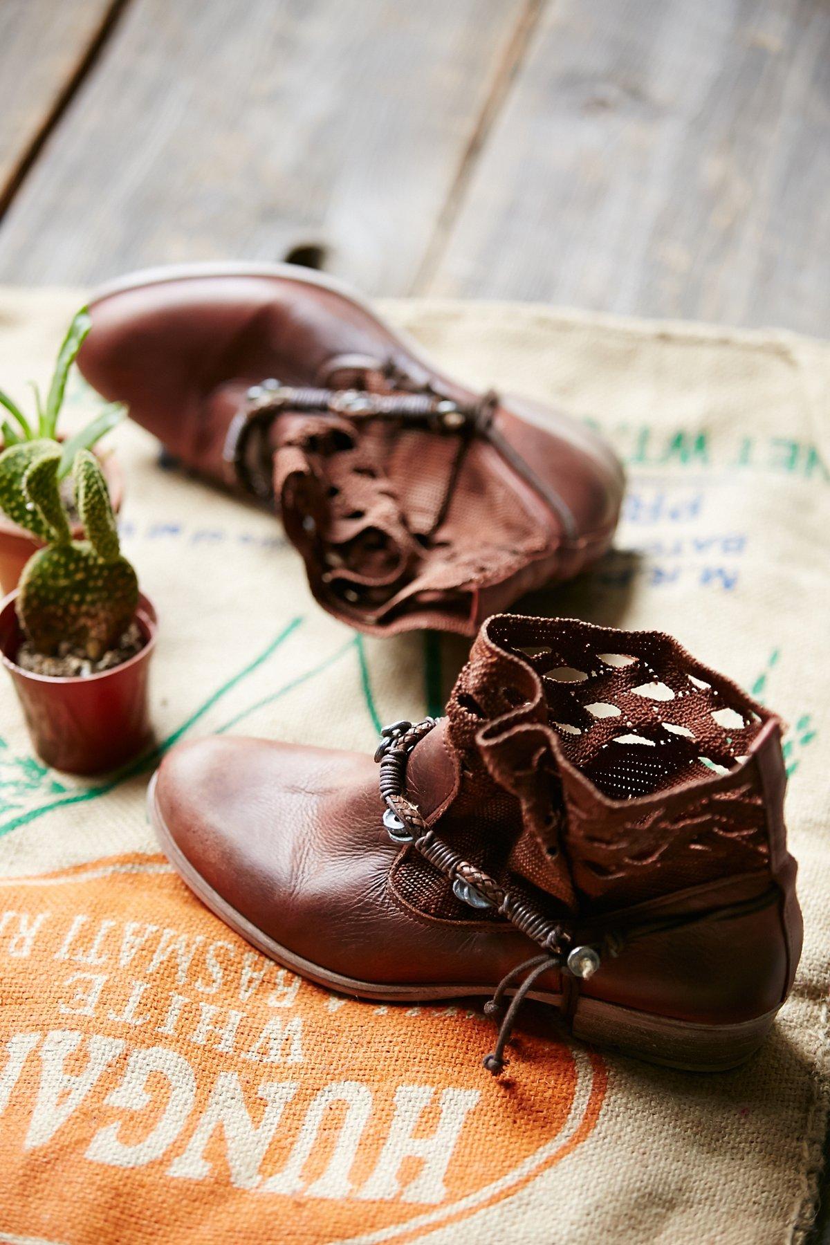 Lancelyn West Boot