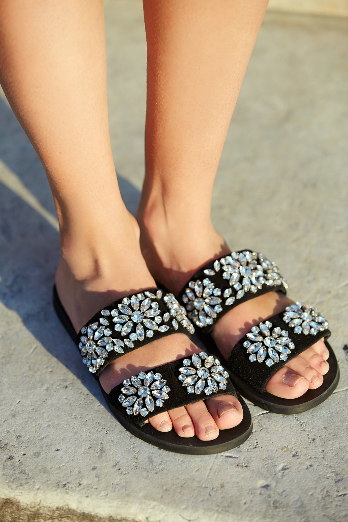 Surface Glitter Sandal