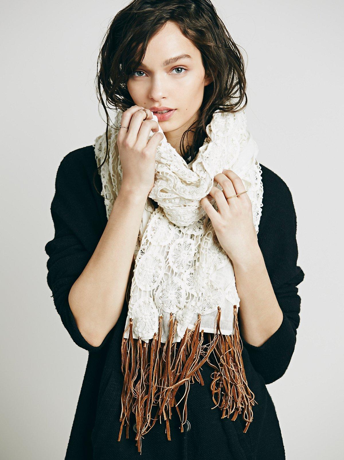 皮革流苏针织围巾