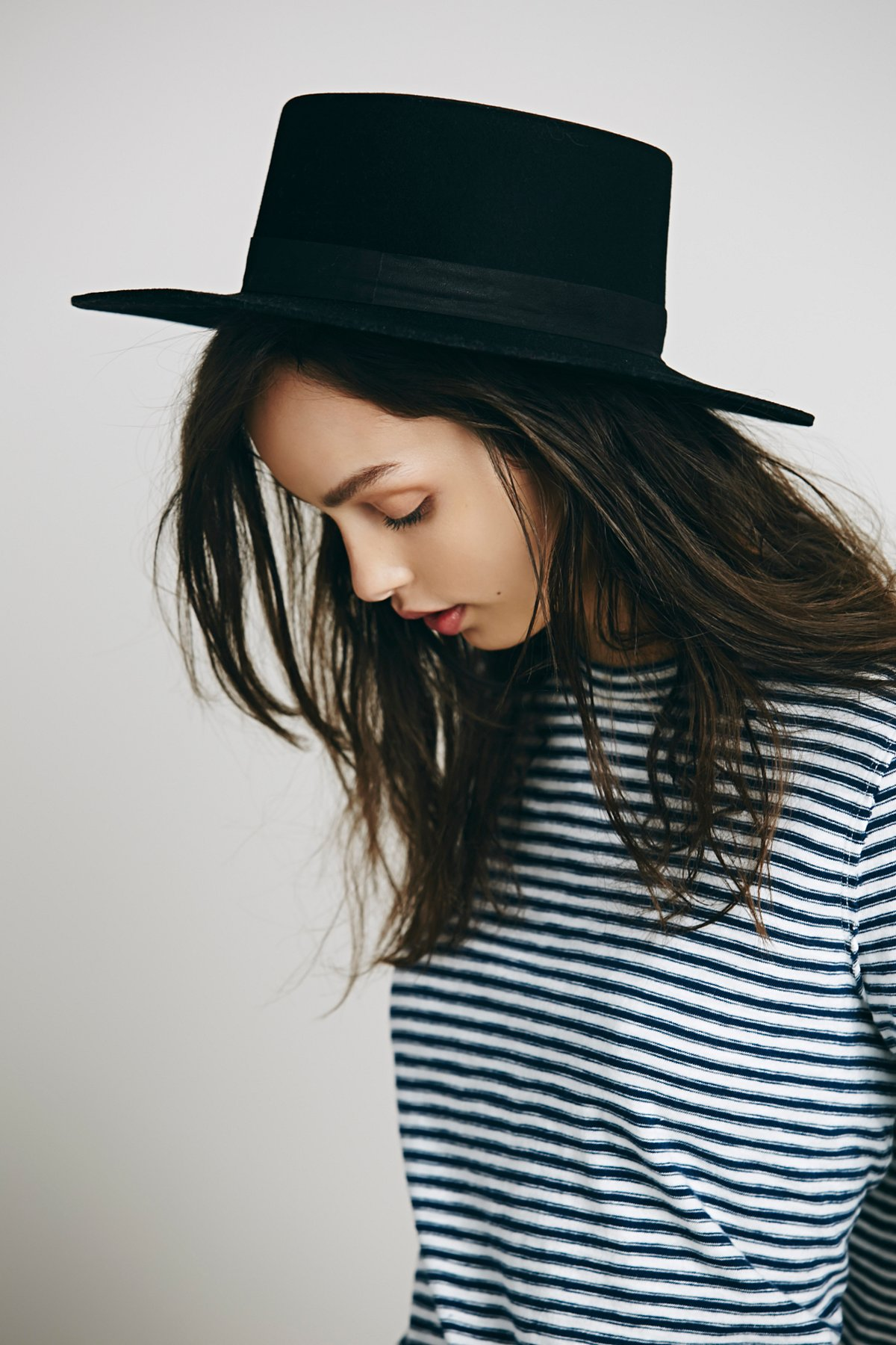 Gabrielle Flat Top Screw Hat
