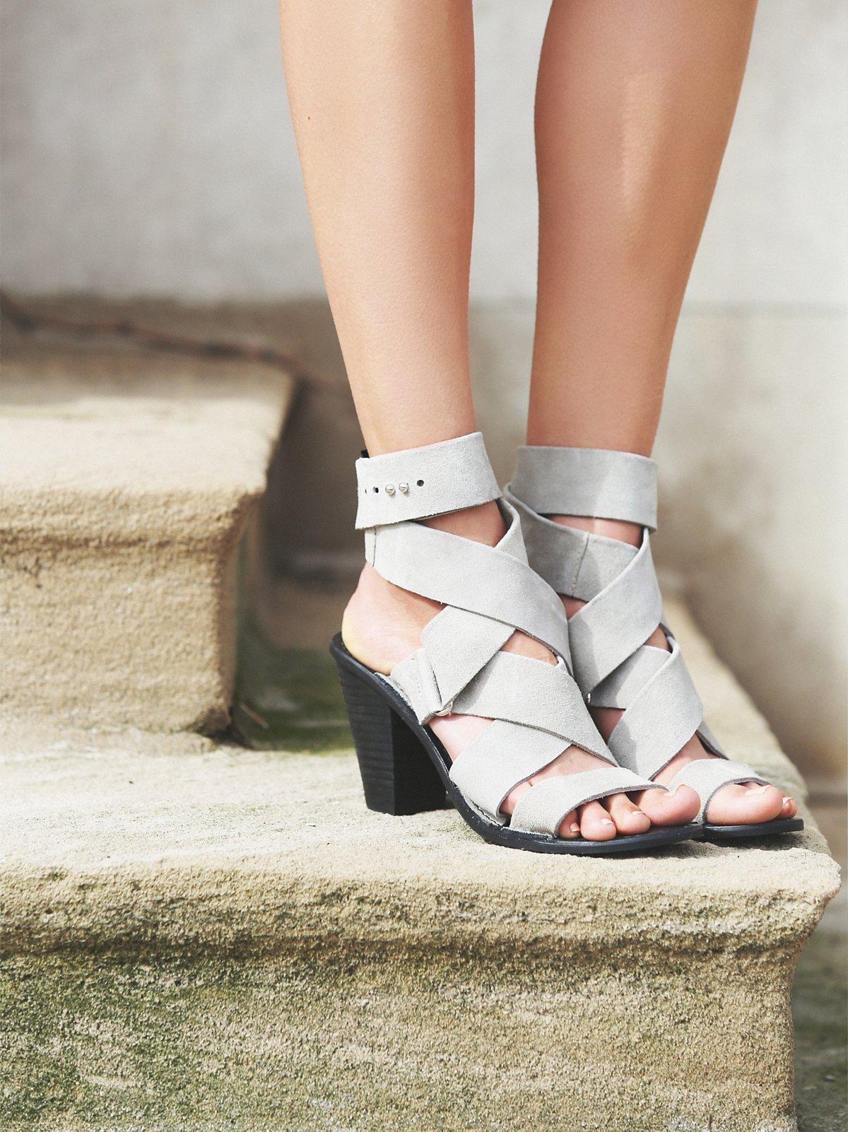 Serrage Wrap Heel