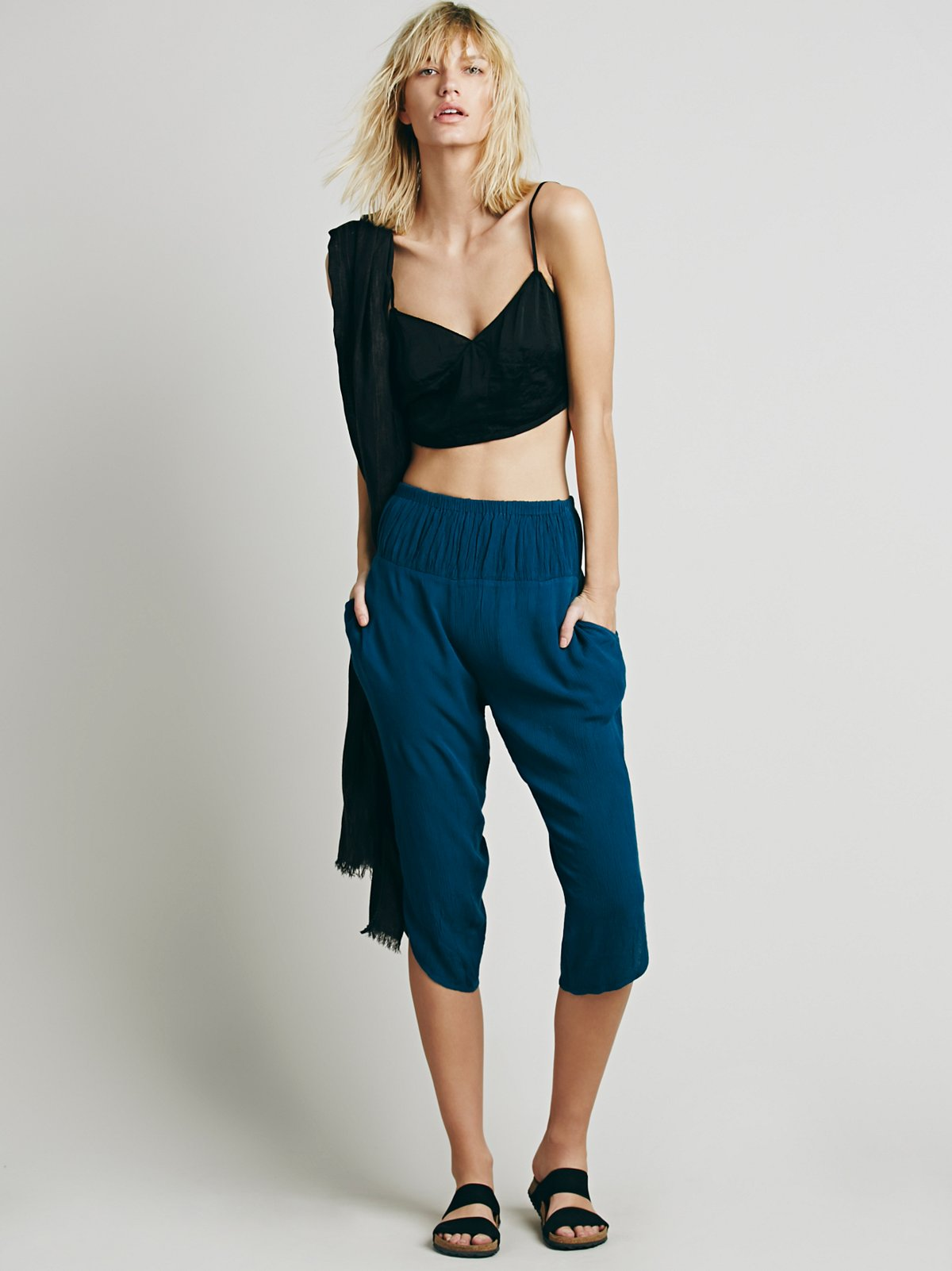 Solid Cropped Harem Pant