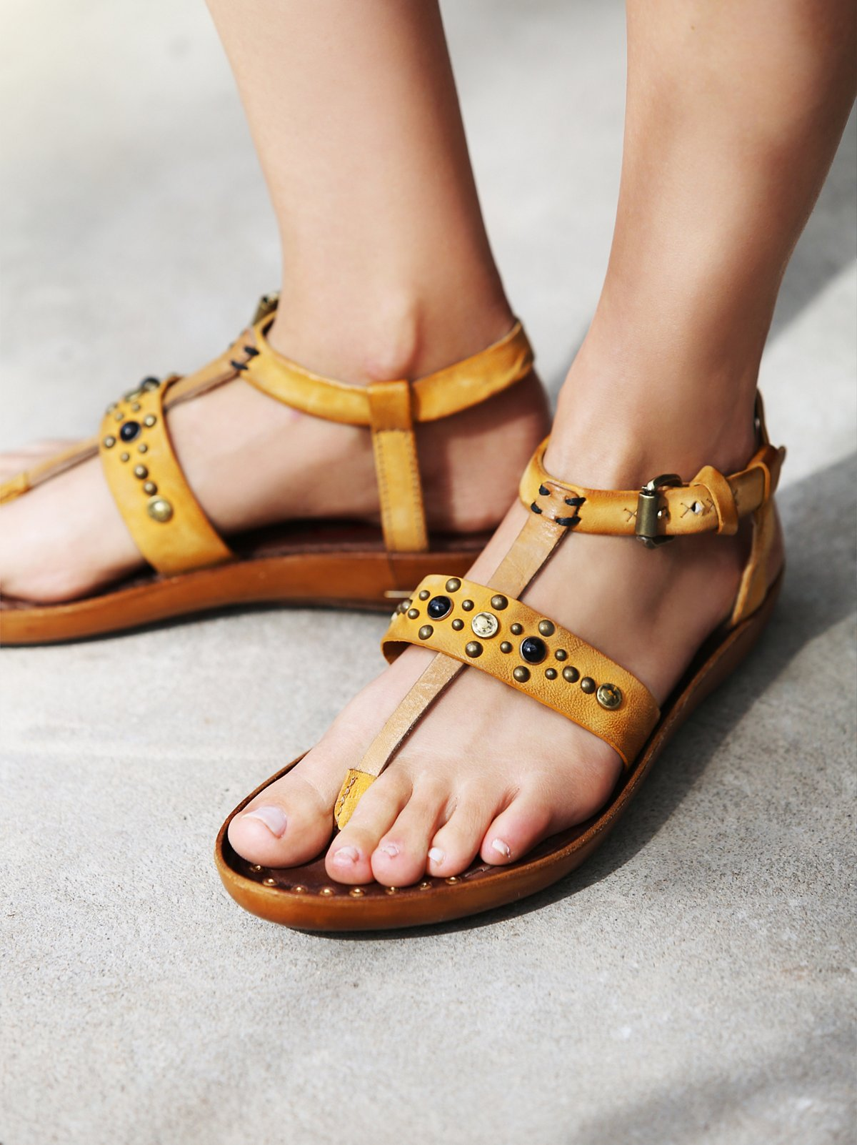 Sundial Distress Thong Sandal