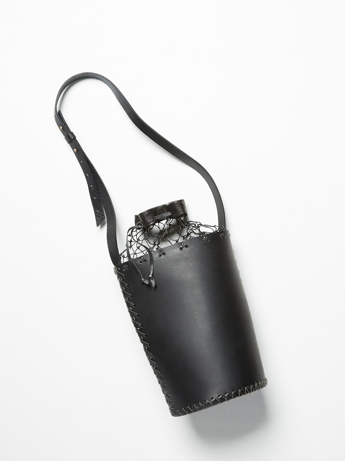 Oscura Bucket Bag