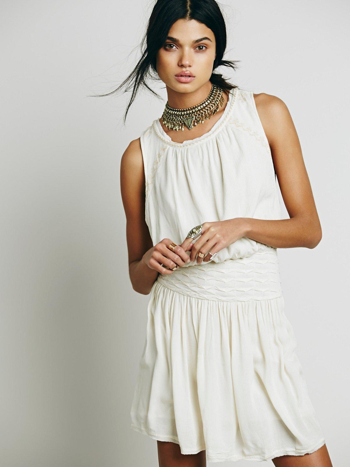 Black Sands连衣裙