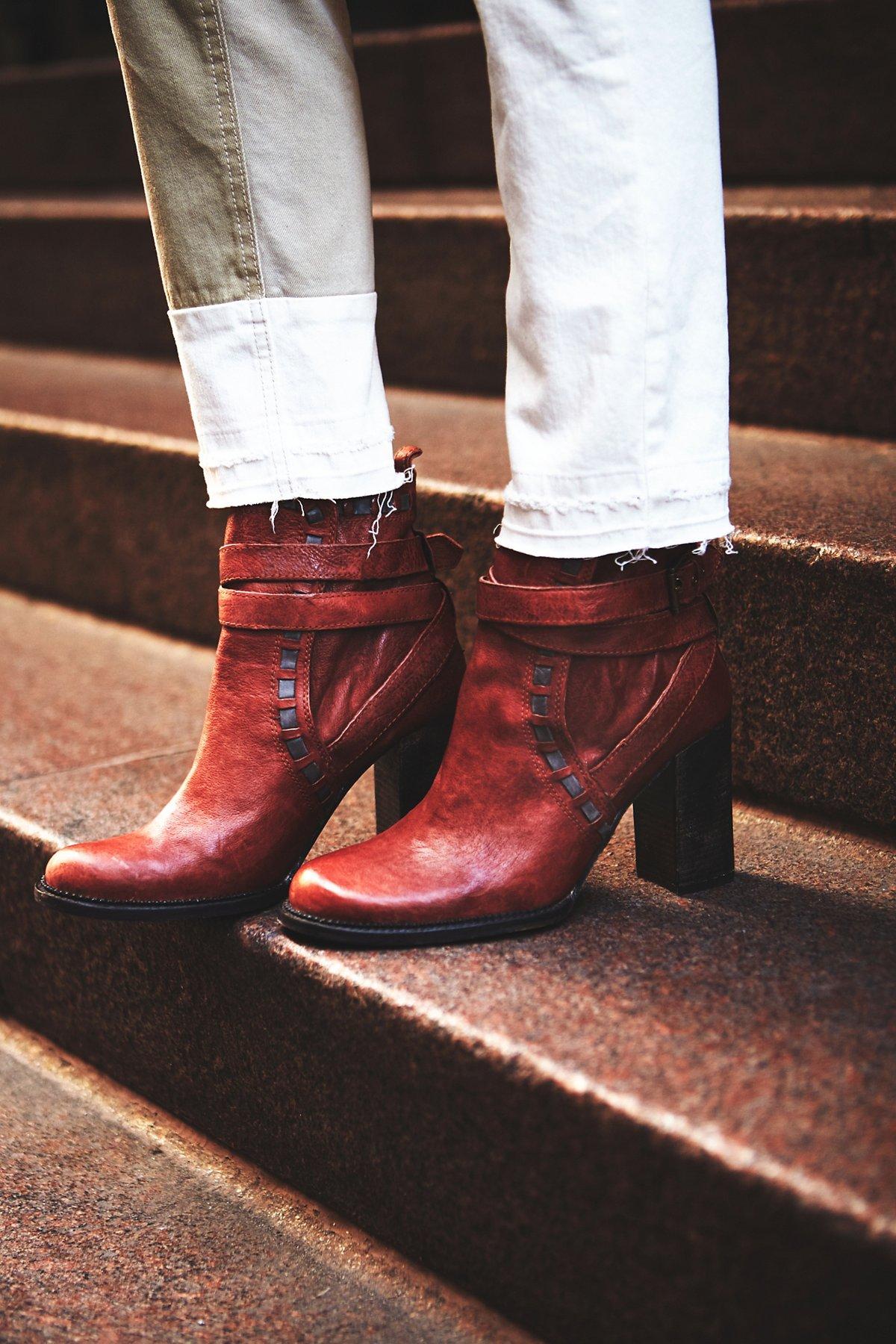 Heirloom高跟靴