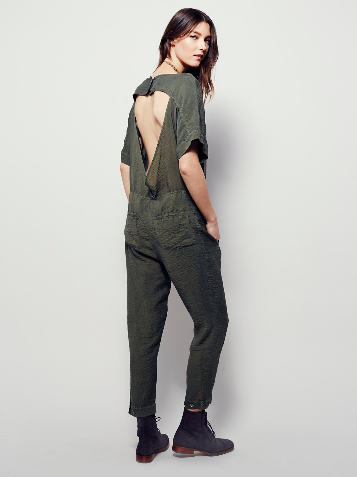 Shortsleeve Bareback Playsuit