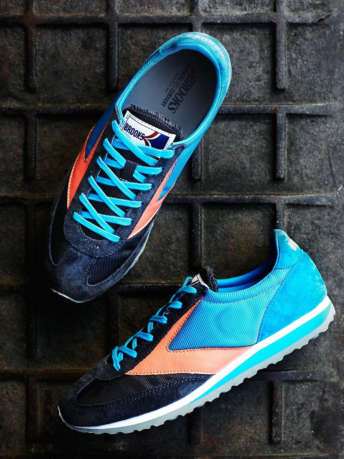 Van Gaurd Sneaker