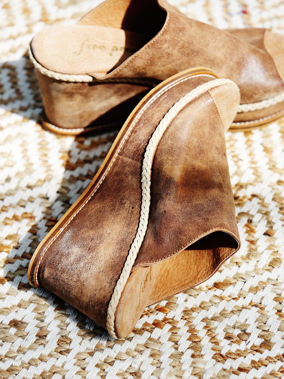 Newport坡跟鞋