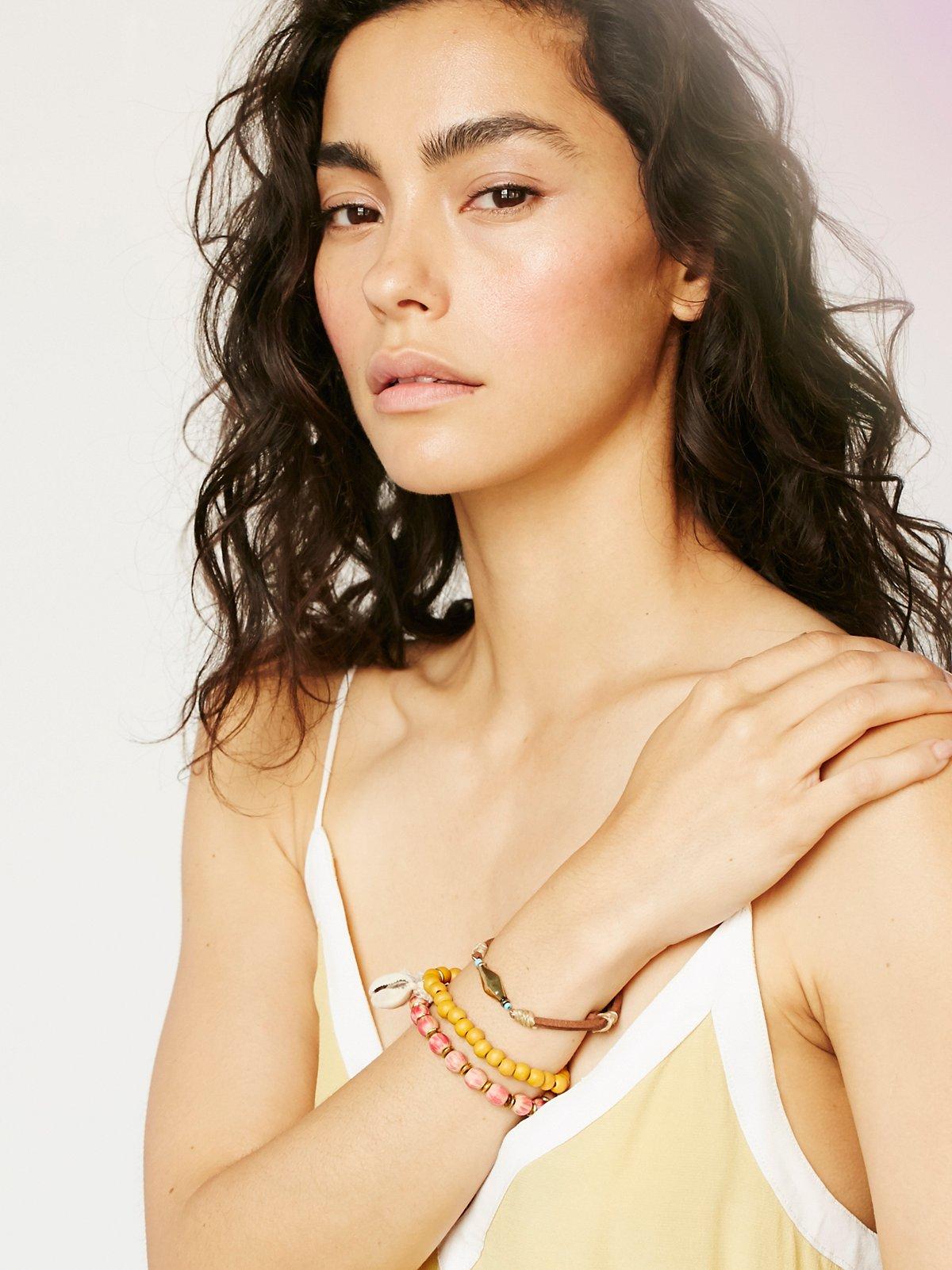 Mantra珠饰手链