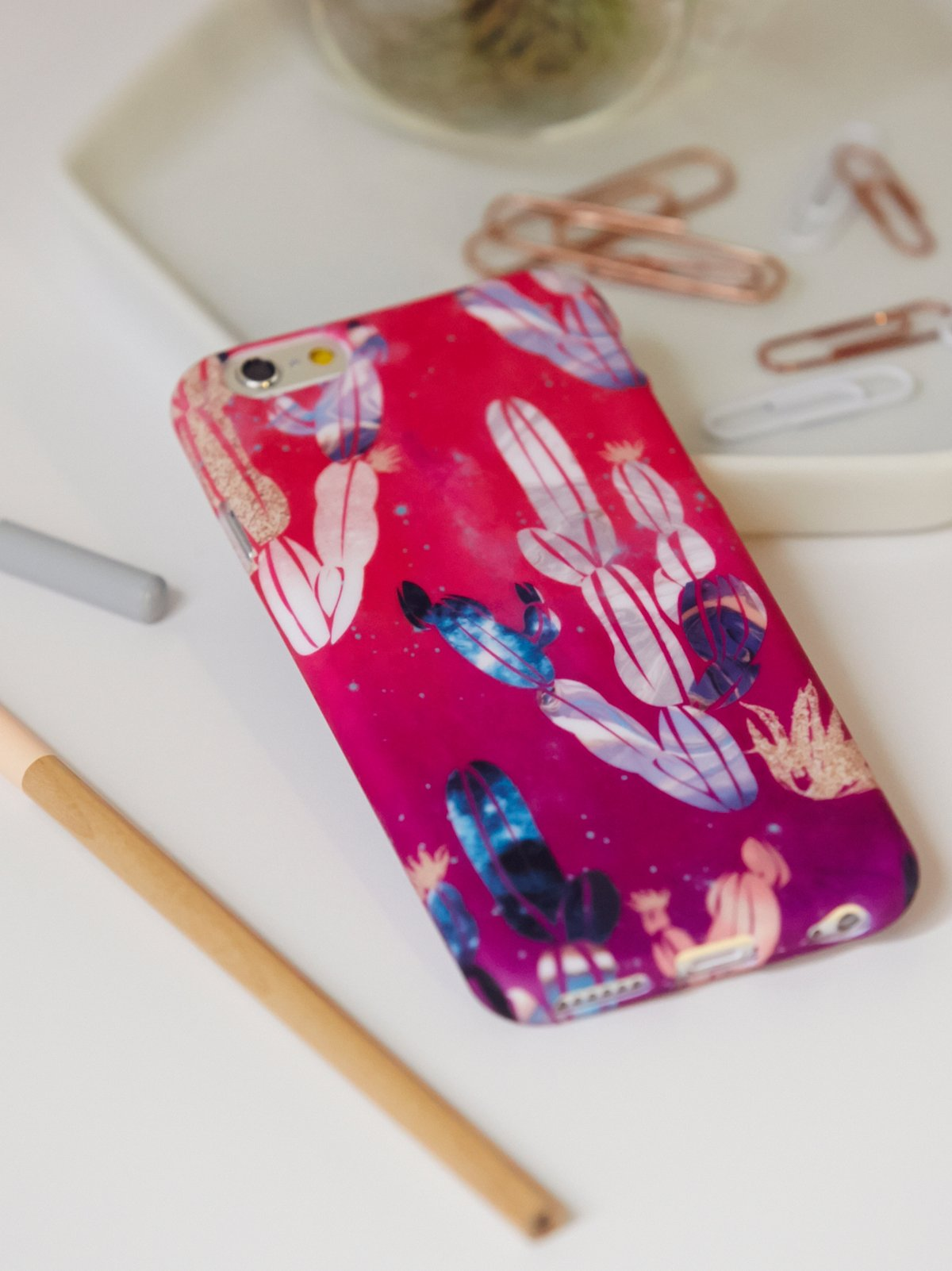 Abstract Rubber iPhone 5/6 Case