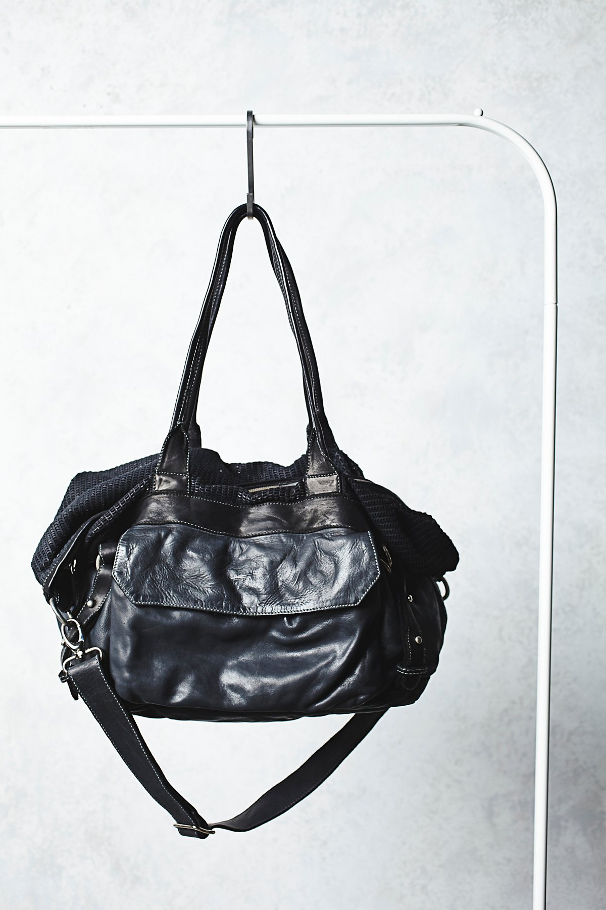 Reign Leather Bag