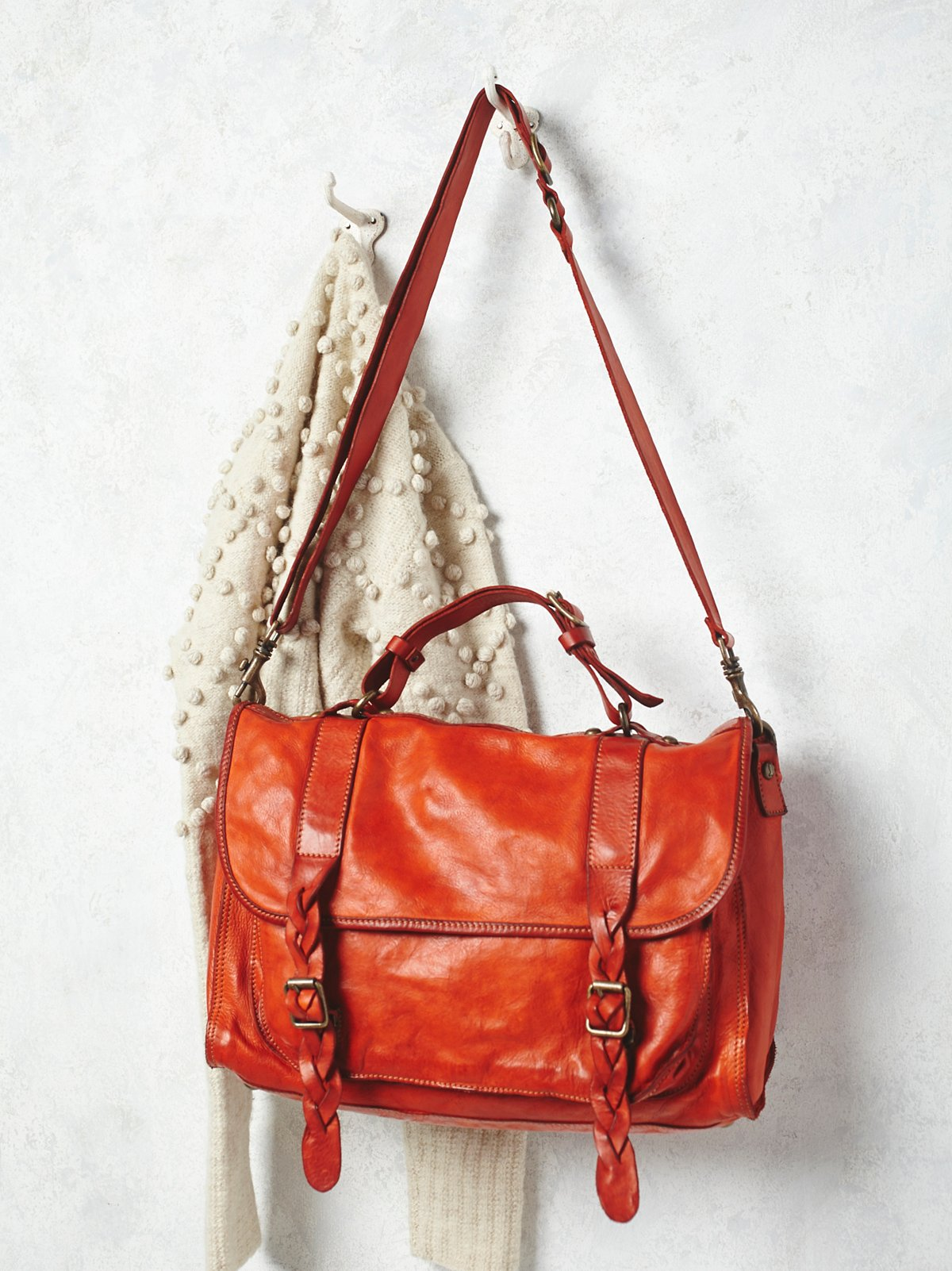 Sylvana Leather Messenger
