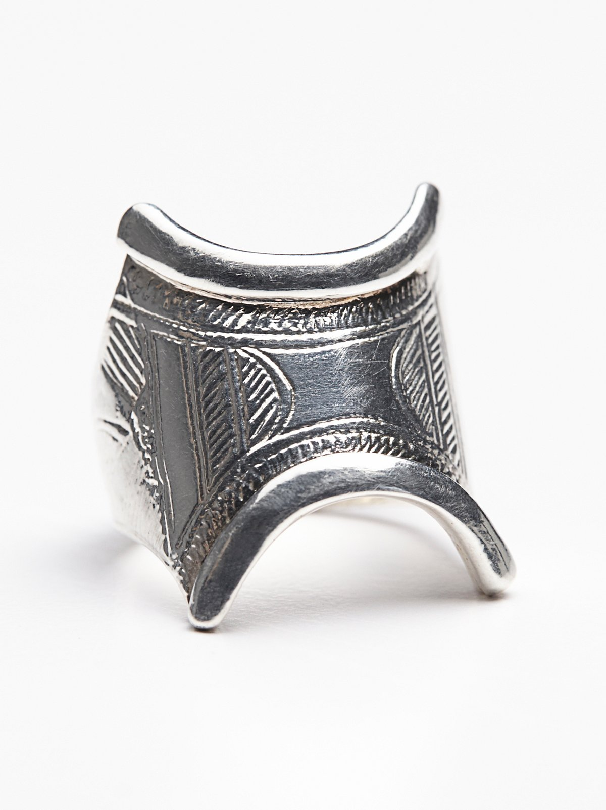 Tassendert戒指