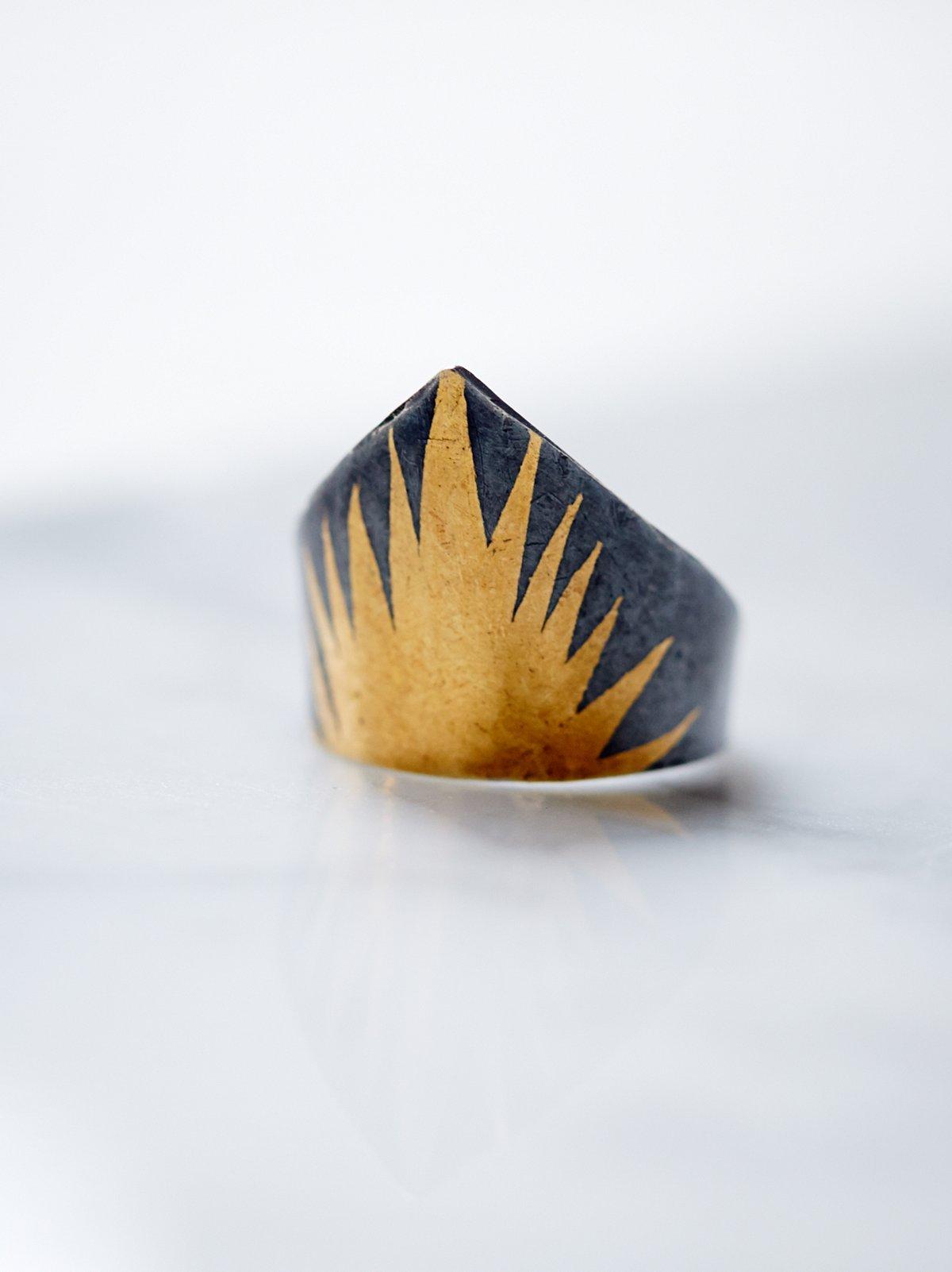 Deshret Ring