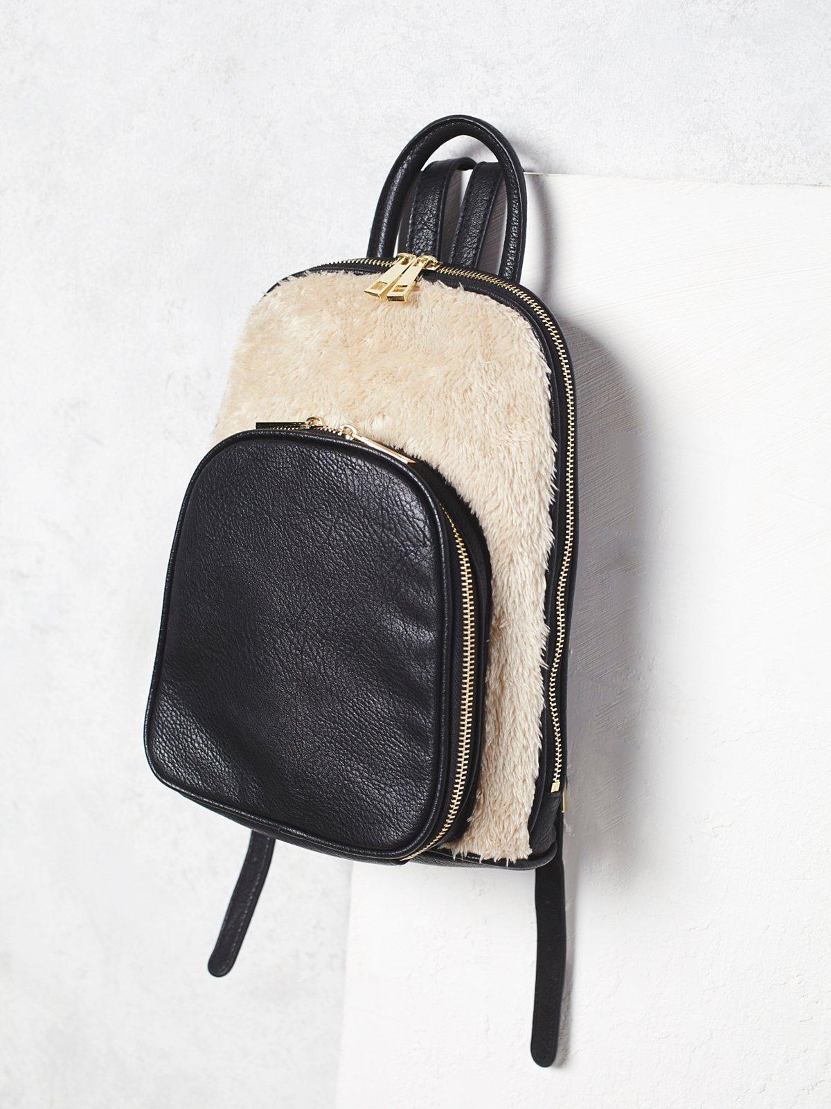 Lyra背包