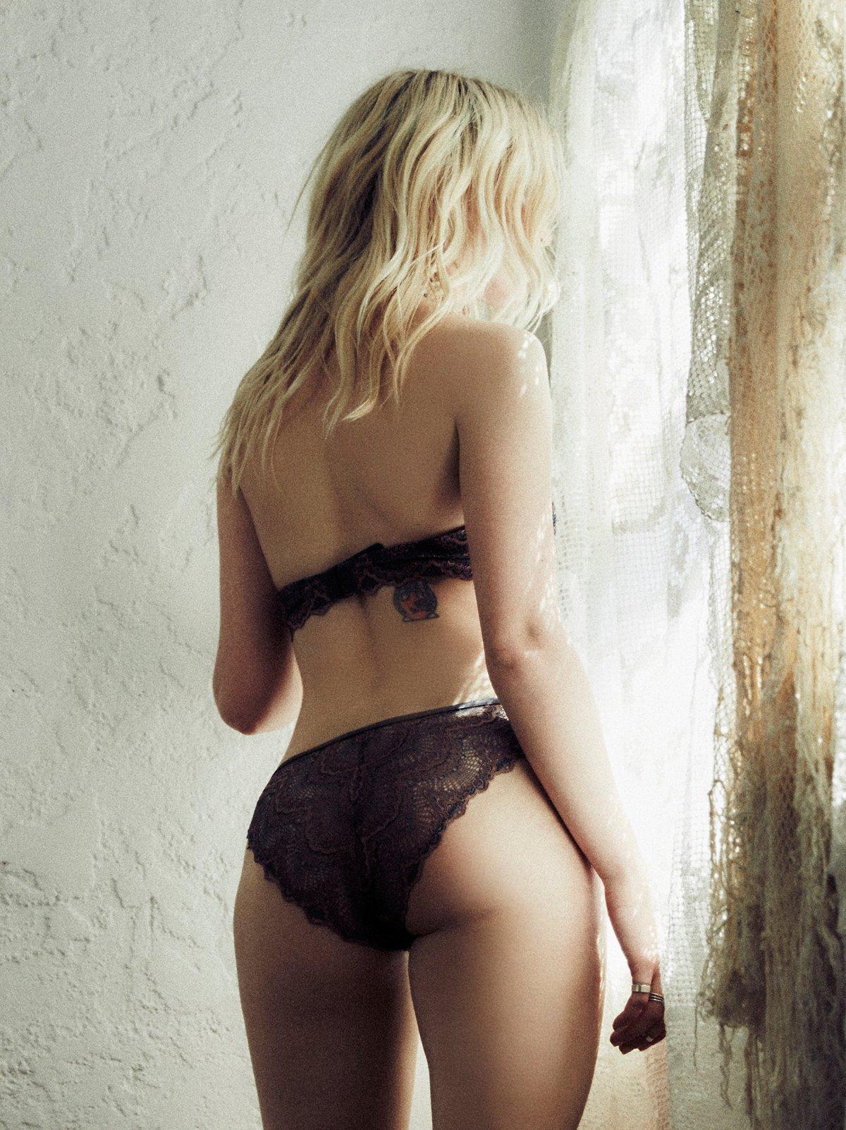 Daring String Bikini
