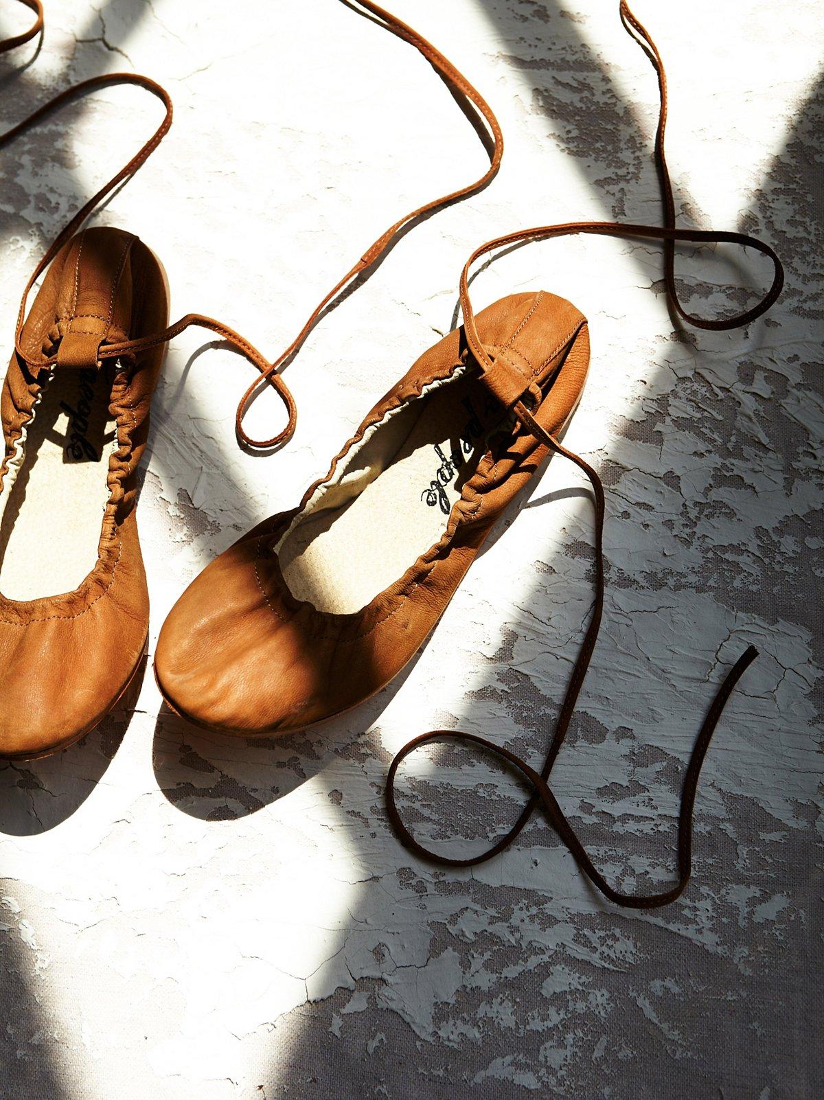 水洗皮芭蕾平底鞋