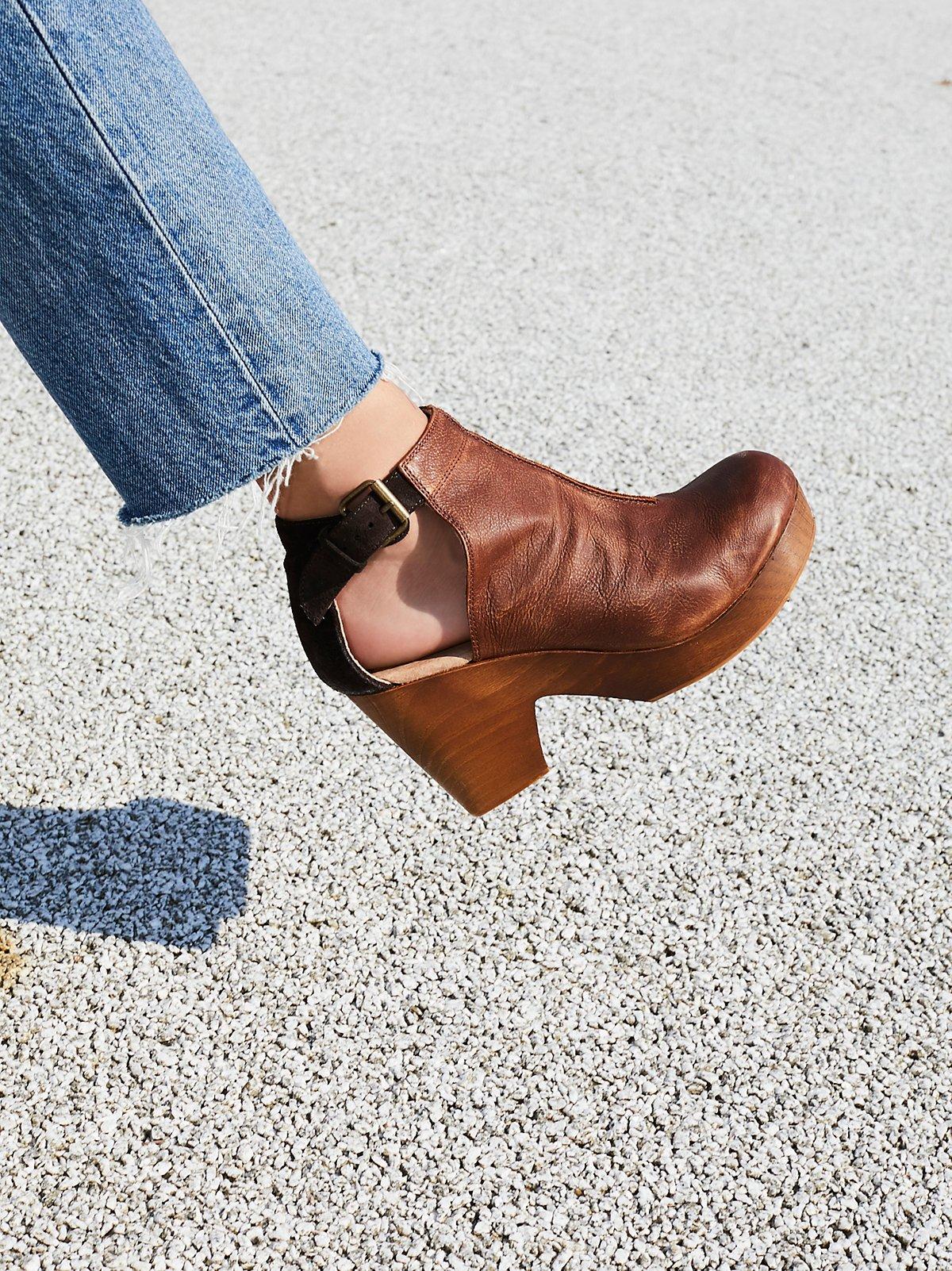 Amber Orchard木底鞋