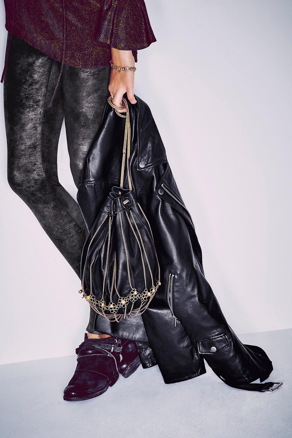 Caroline Bucket Bag