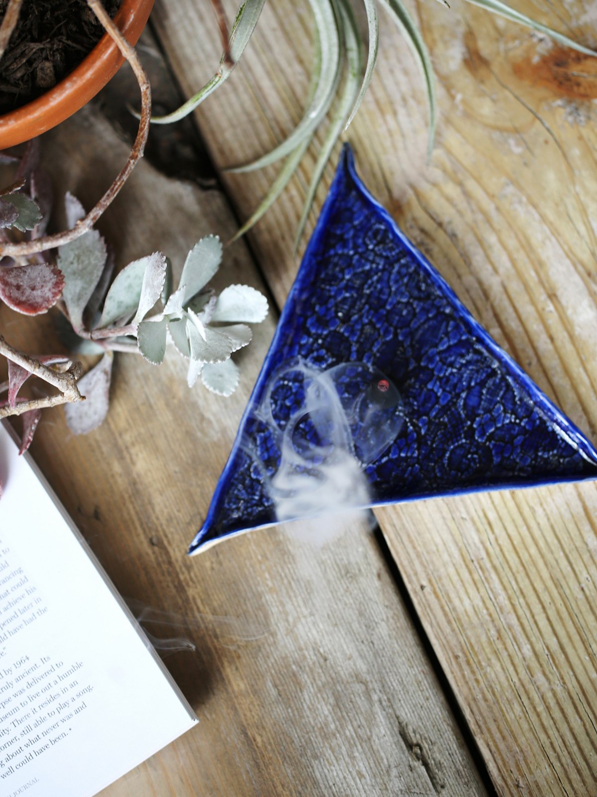 Triangle Cone Incense Dish