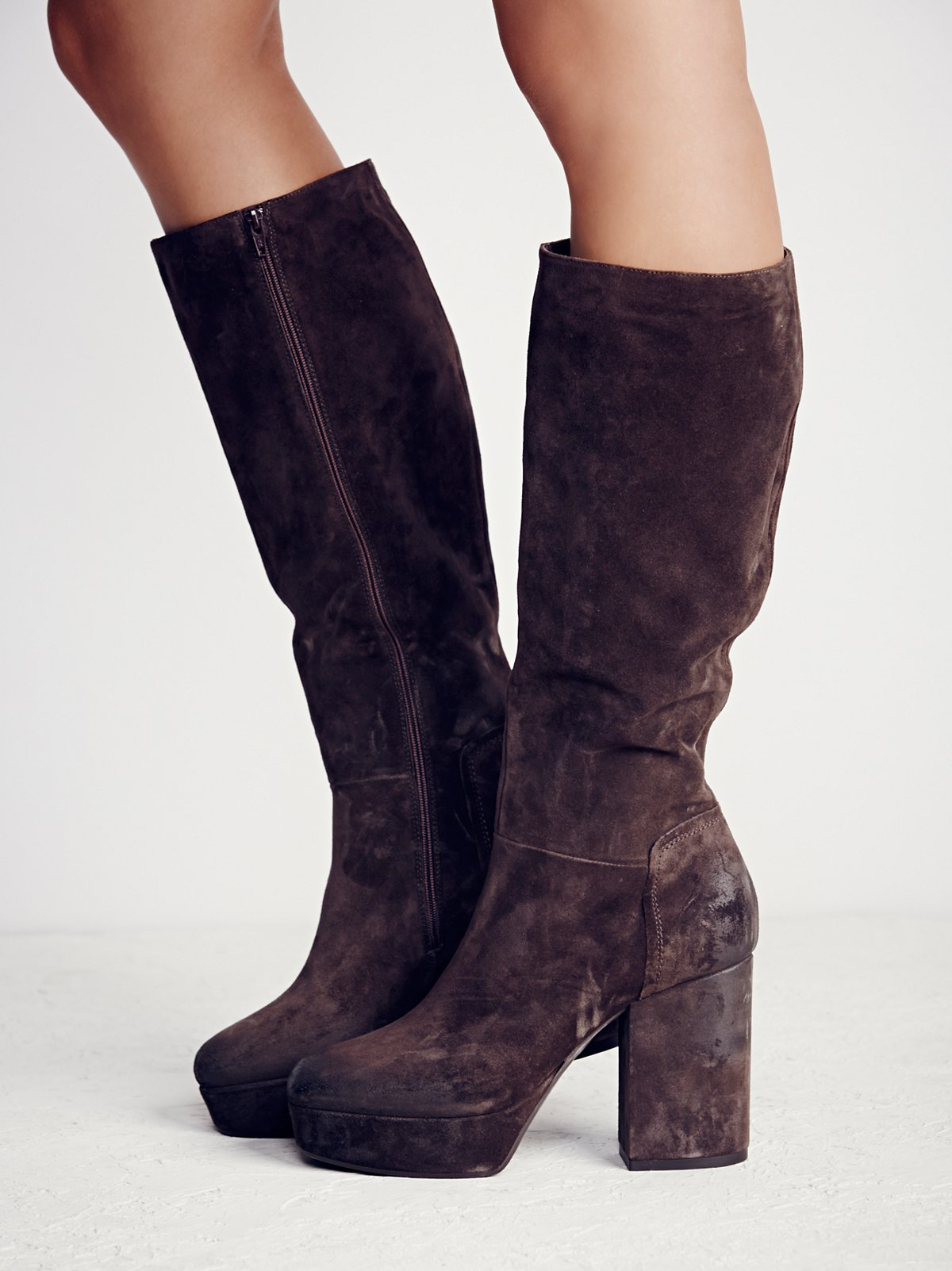 Midnight Story Platform Boot