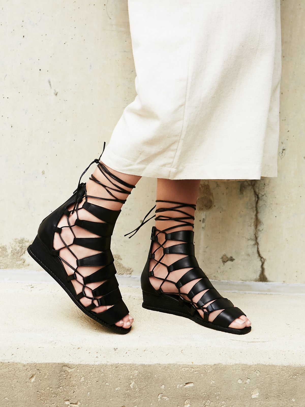 Amara绑带凉鞋