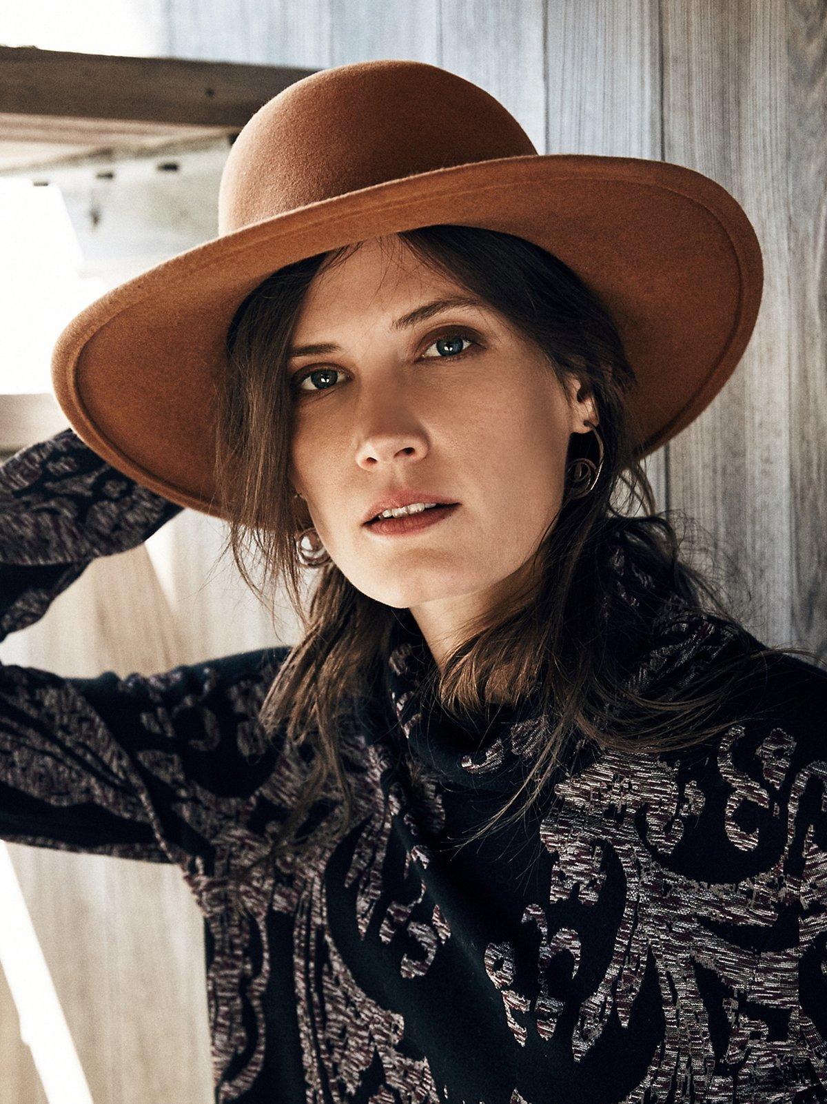 Amber Brimmed Hat