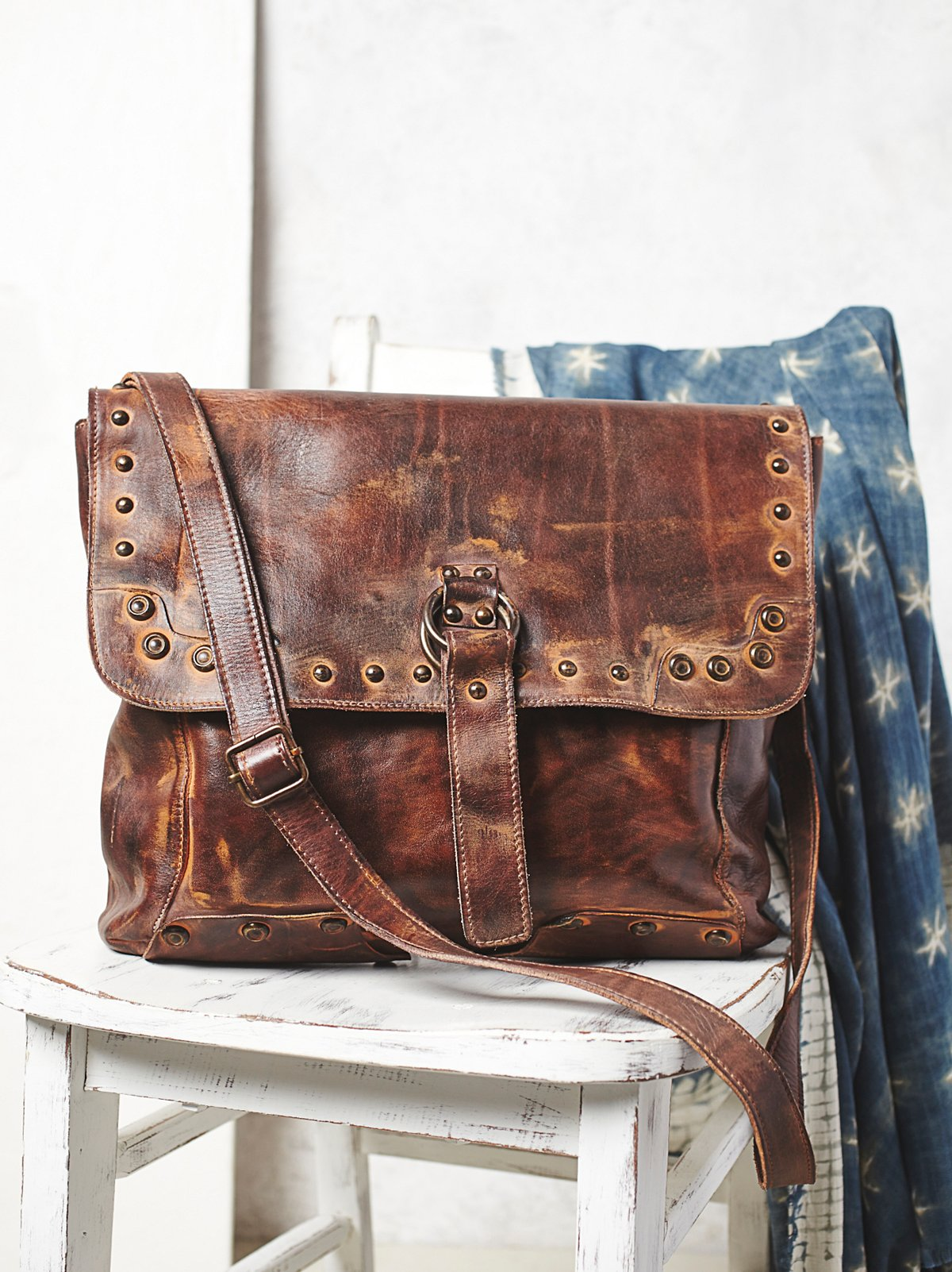 Thames Messenger Bag